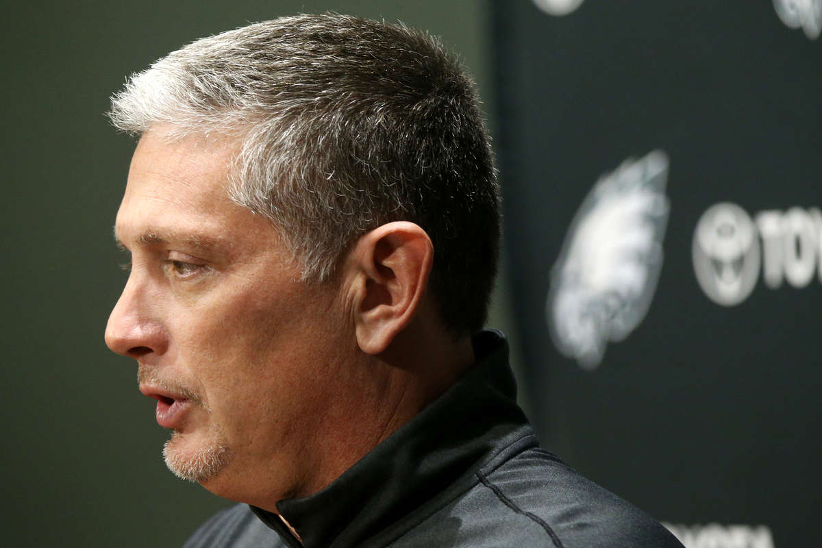 Defensive coordinator Jim Schwartz speaks during a news conference at the Eagles´ NovaCare Complex on Tuesday, Dec. 12, 2017.