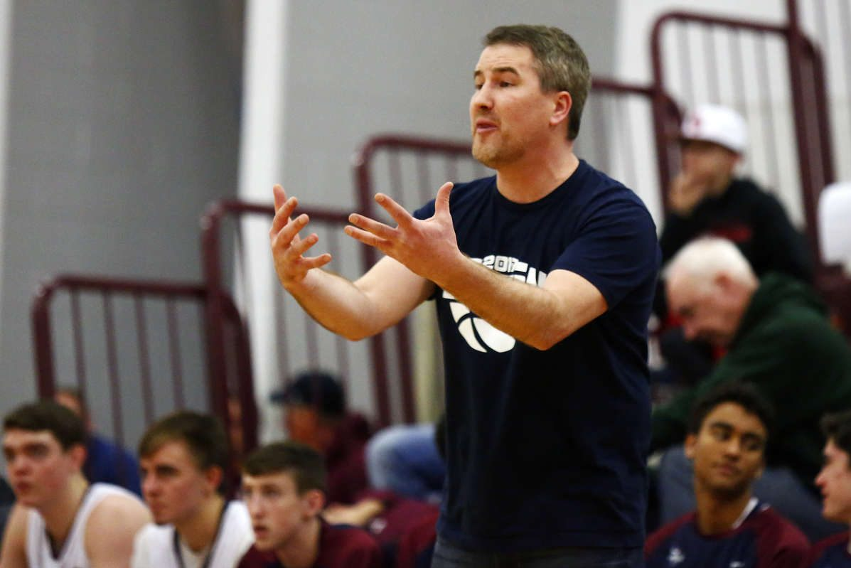 Eastern coach Kevin Crawford won his 200th career game in a win over Woodrow Wilson on Thursday.