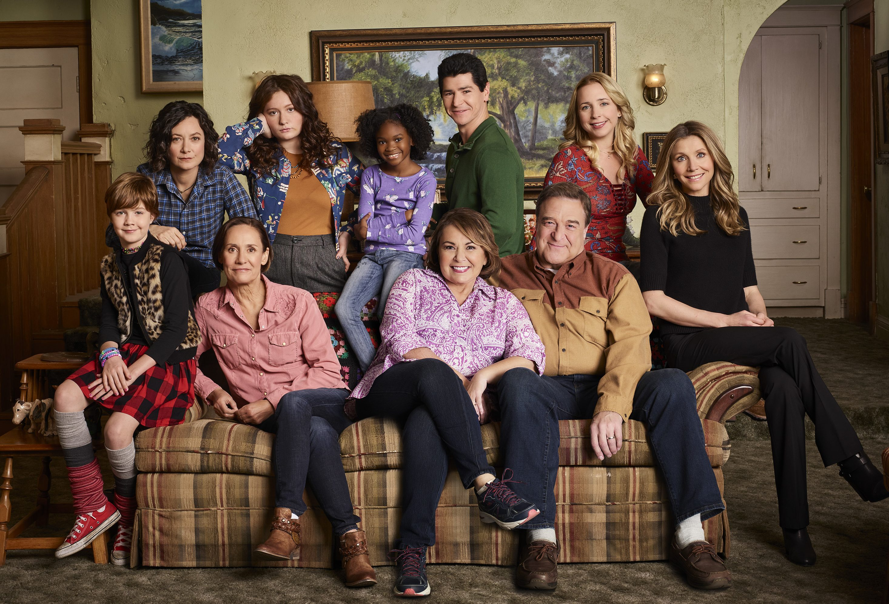 "Cast of new ""Roseanne"""