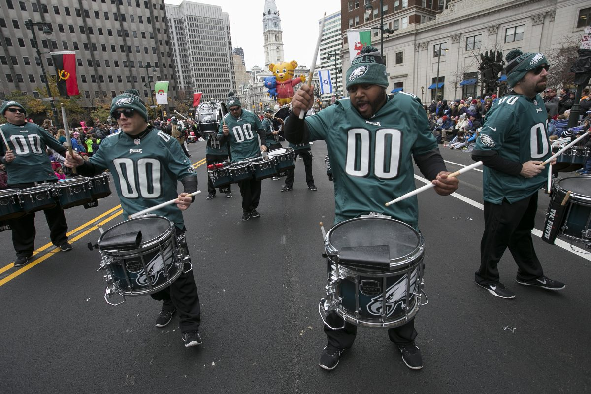 Philadelphia Eagles Pep Bank and Drum Line perform for spectators at the 97th Annual 6abc Dunkin' Donuts Thanksgiving Day Parade on Thursday morning November 24, 2016. ALEJANDRO A. ALVAREZ / Staff Photographer .