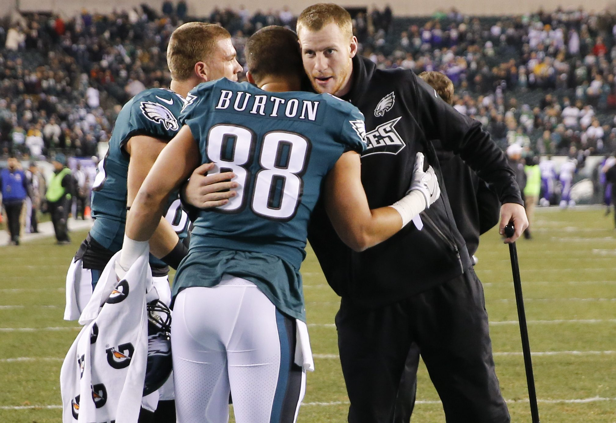 Carson Wentz with teammates Trey Burton and Zach Ertz before the team´s NFC championship win.