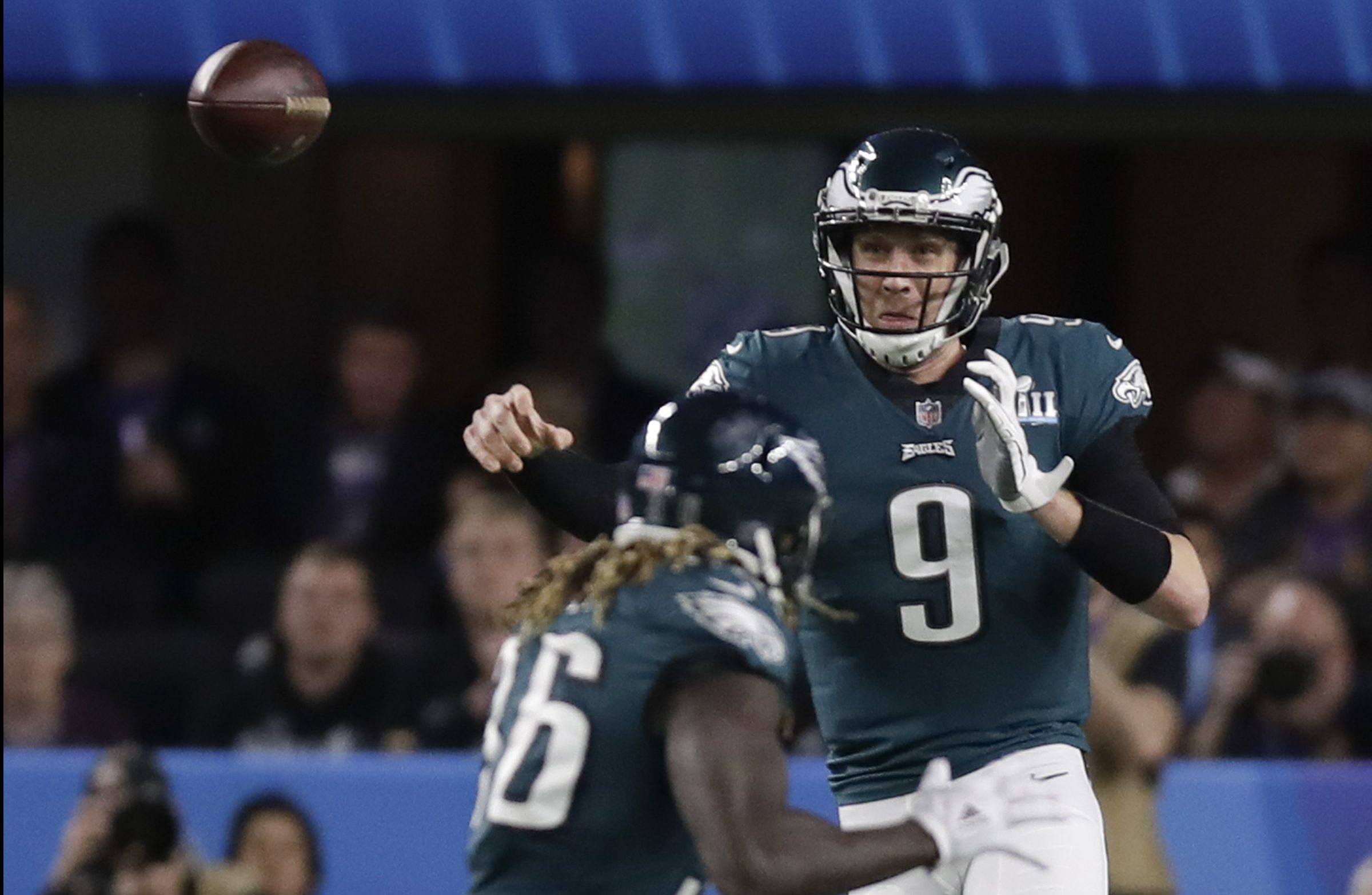 Eagles quarterback Nick Foles throws a pass during the second quarter of the Super Bowl.