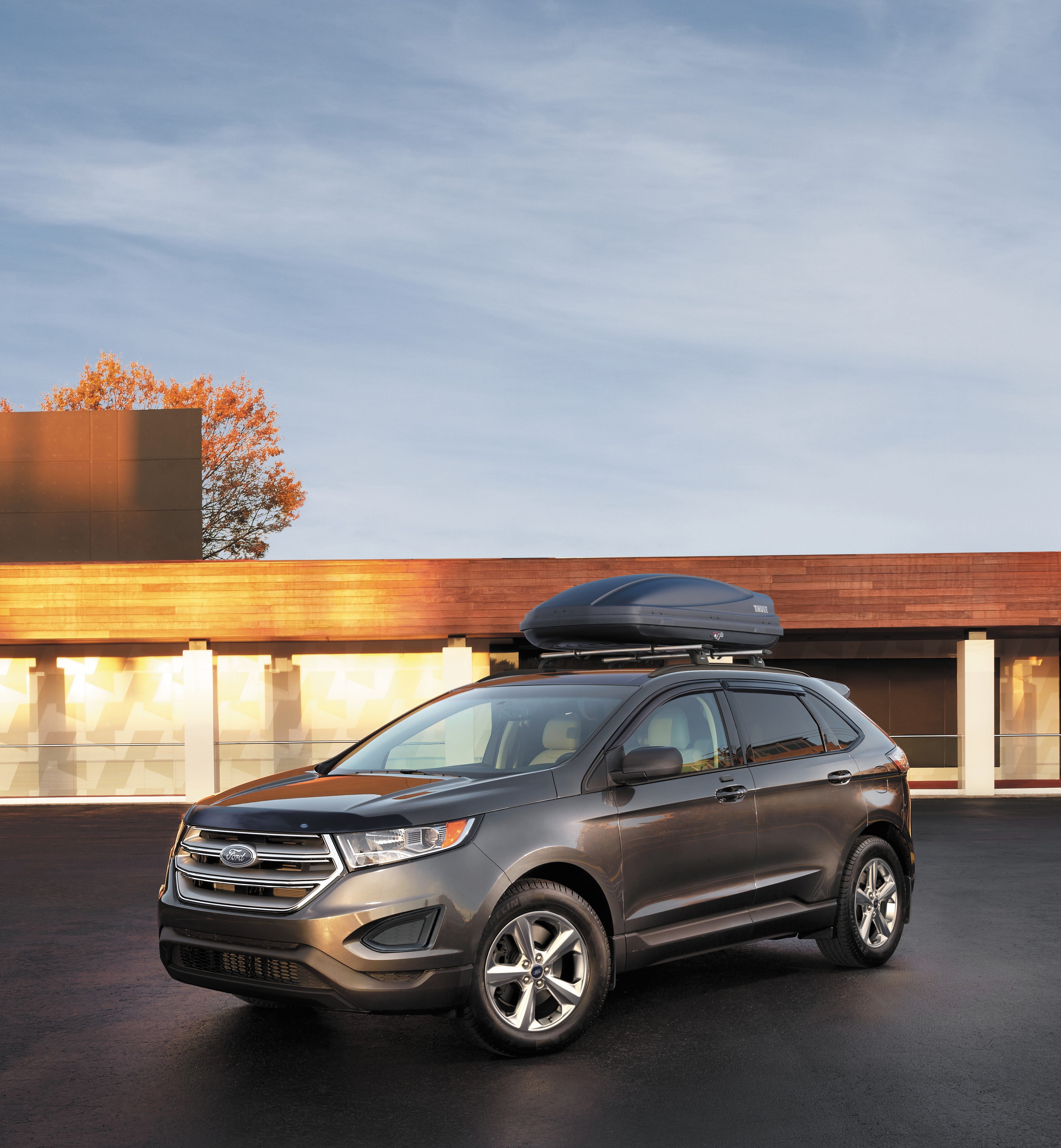 Ford Edge With A Roof Rack