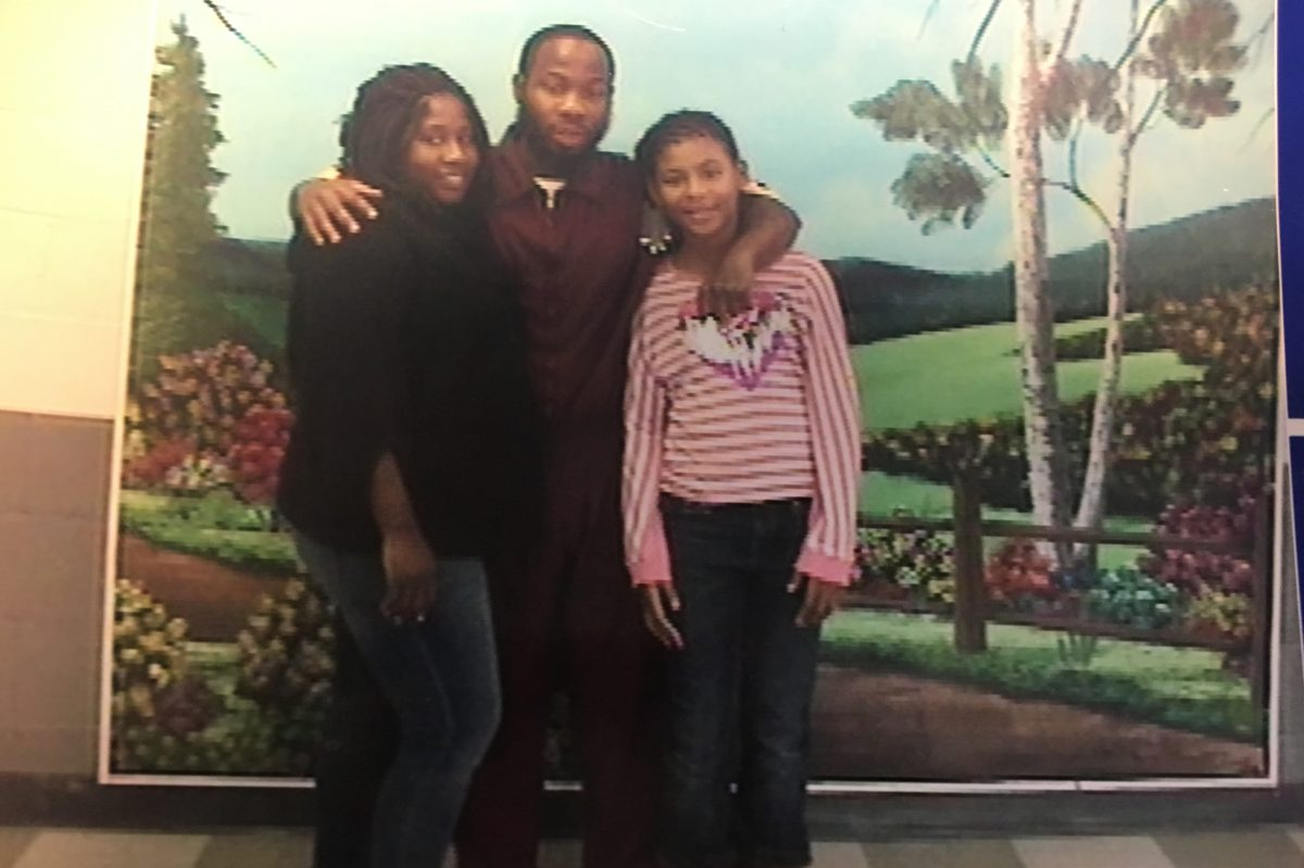 Dontia Patterson (center) with his daughter Samarah, now 11, and her mother, Shannelle Allen.