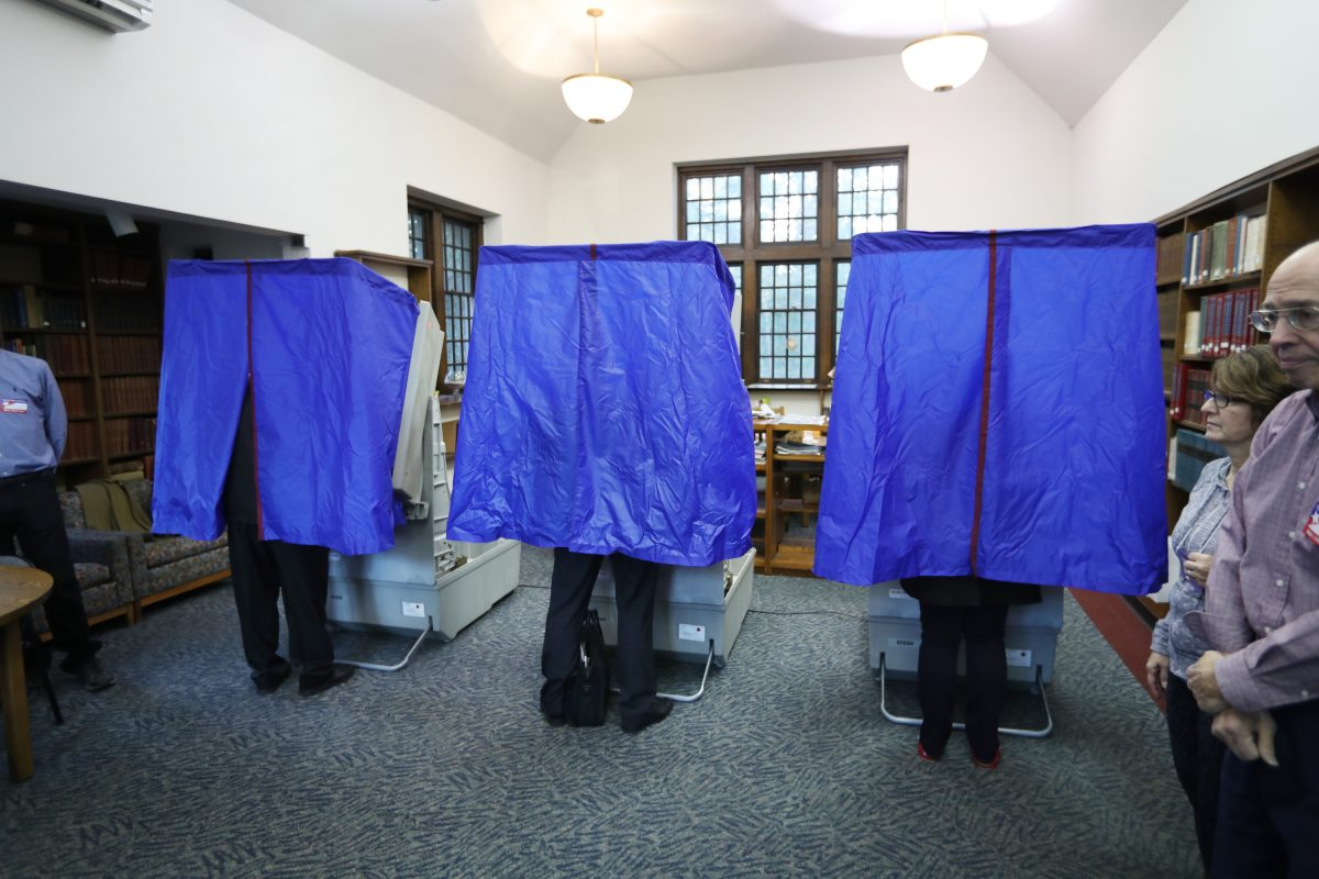 Voters stand to gain from fixing gerrymandering — don't they?