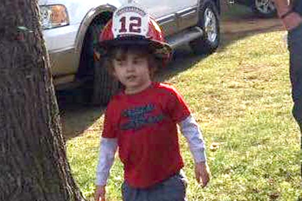 On Sunday morning four-year-old Bentley Thomas Koch, the son of a firefighter, picked up a gun at his family´s home in Chestnut Hill Township in Monroe County and shot himself in the face.