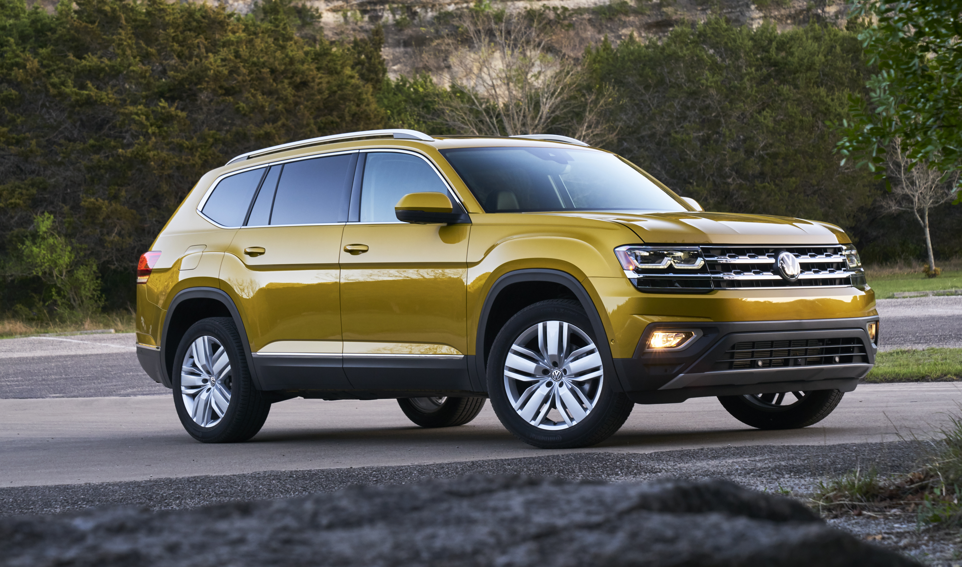 The 2018 Volkswagen Atlas is the company's first attempt at full-size, three-row SUV. It's not a design triumph.