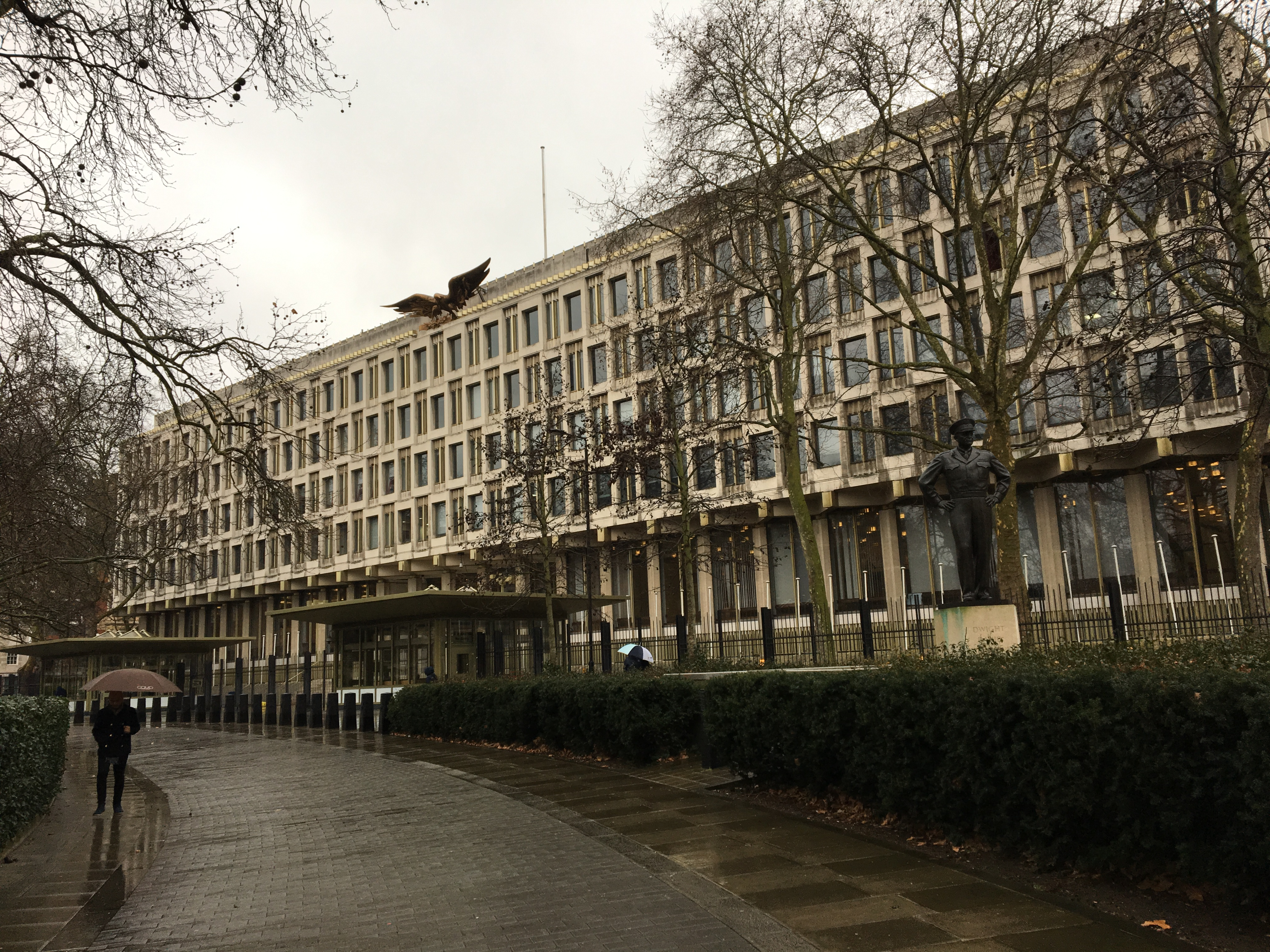 After 9/11, the former US Embassy on Grosvenor Square had to be barricaded behind concrete barriers and other makeshift security cordons. It was designed by Eliel Saarinen in 1960.