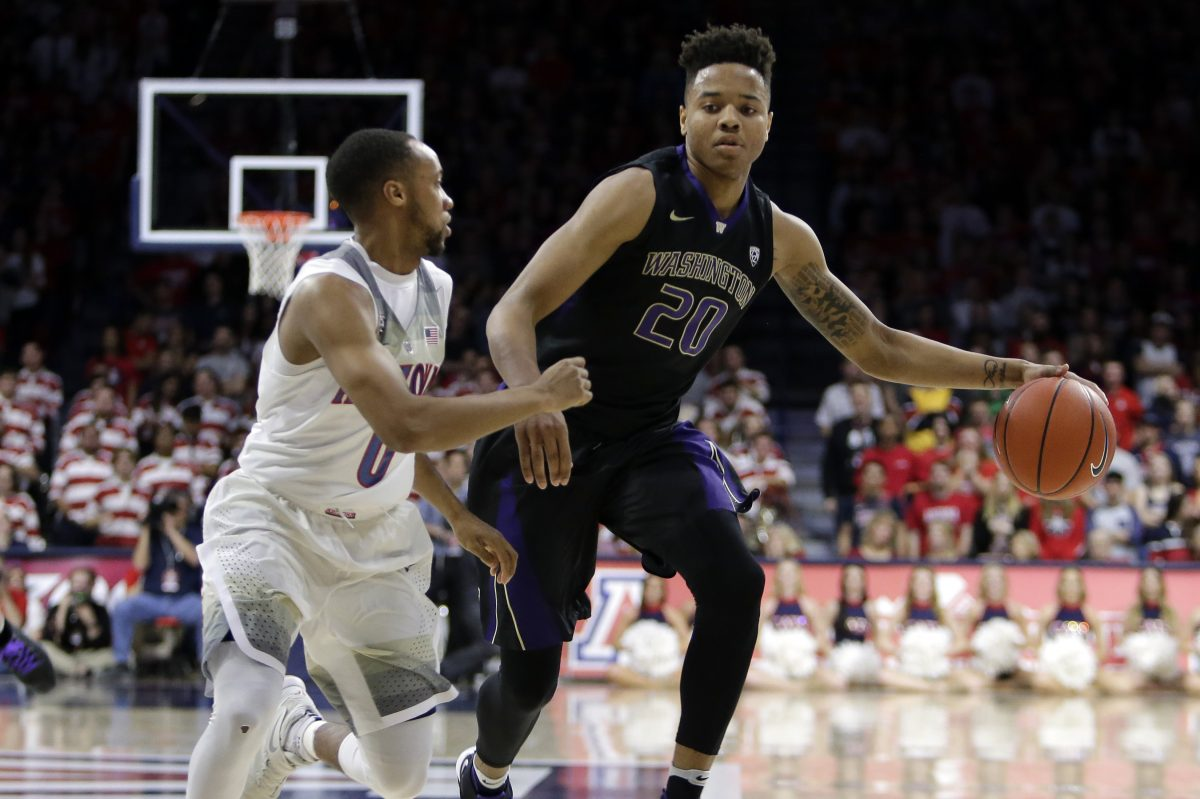 Sixers guard Markelle Fultz (20) when he played for Washington, during the second half of an NCAA college basketball game against Arizona, Sunday, Jan. 29, 2017, in Tucson, Ariz. Arizona defeated Washington 77-66. (AP Photo/Rick Scuteri)
