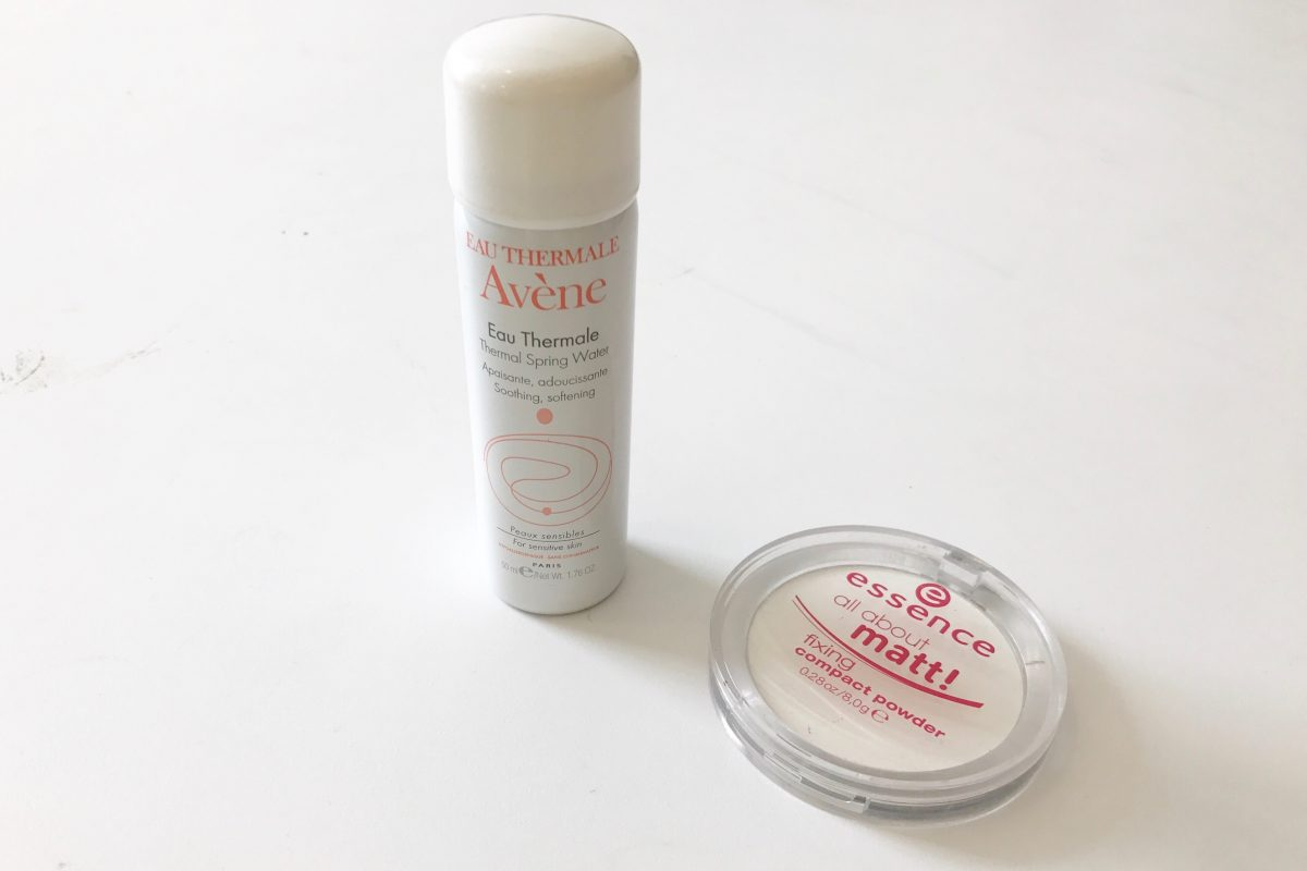 Eau Thermale Avène Thermal Spring Water and the Essence All About Matt! Fixing Compact Powder.