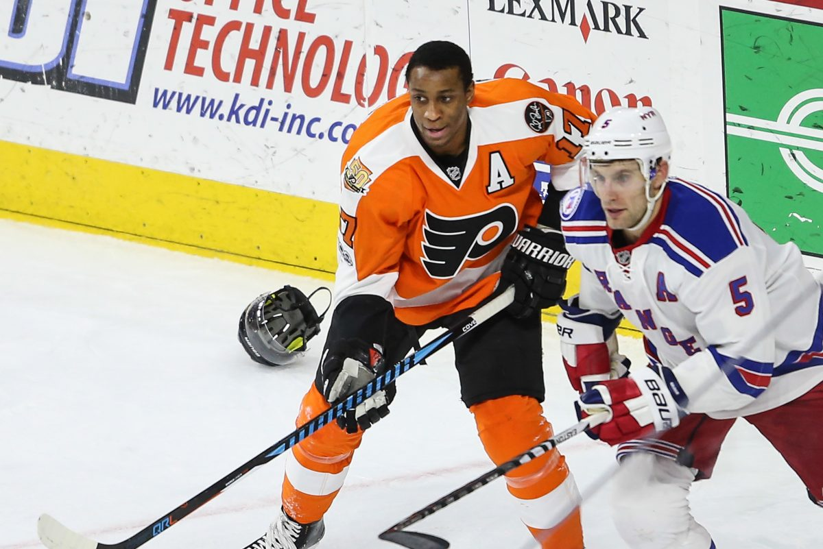 The Flyers, led by Wayne Simmonds, will open the season in San Jose.