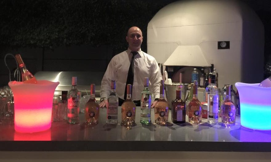 Philly native Tom Petrucci, now living in Los Angeles, answered a Facebook message from Renee Patrone to serve as a bartender at a party in Malibu in 2015. That event launched Patrone´s Party Host Helpers into a national company. Until then, it had been a side business focused on the Philadelphia area.