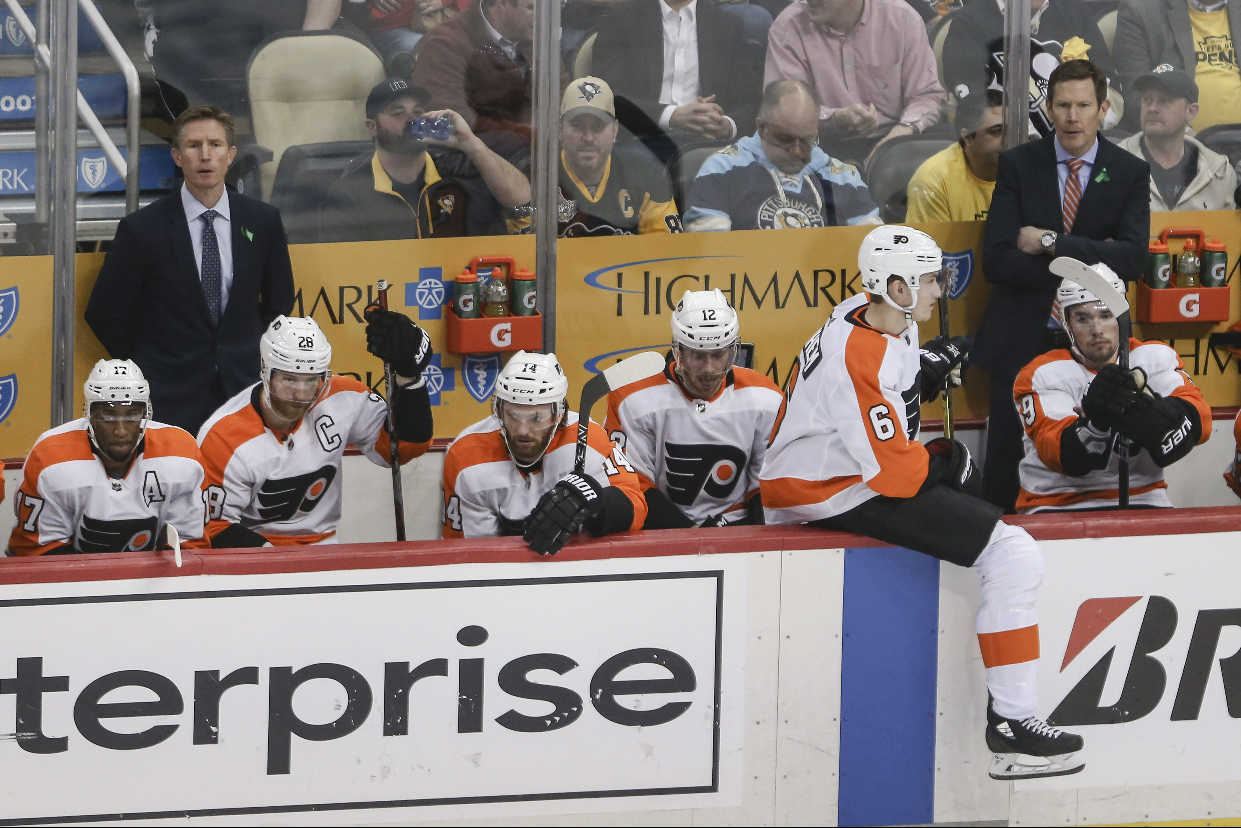The Flyers´ bench during the third period of Wednesday night´s 7-0 loss to Pittsburgh in Game 1 of the Eastern Conference Quarterfinals.