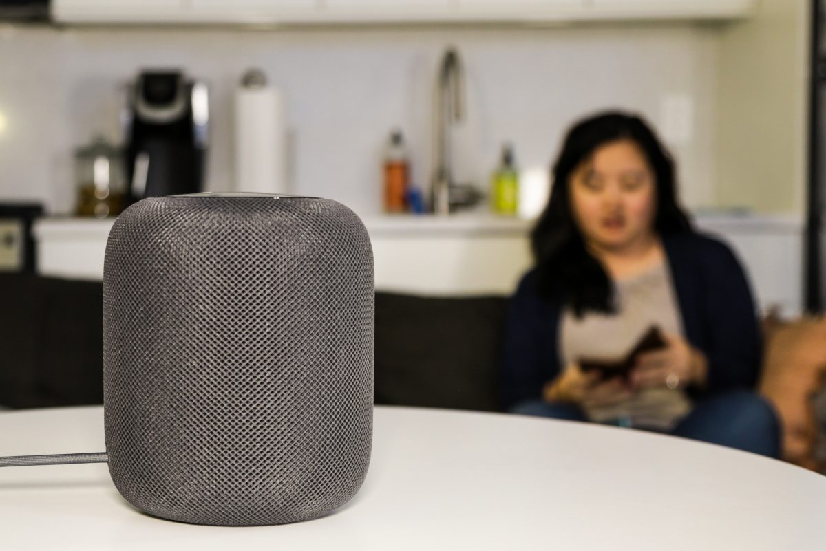 Apple´s new HomePod offers a big sound, but doesn´t have the brains to match.