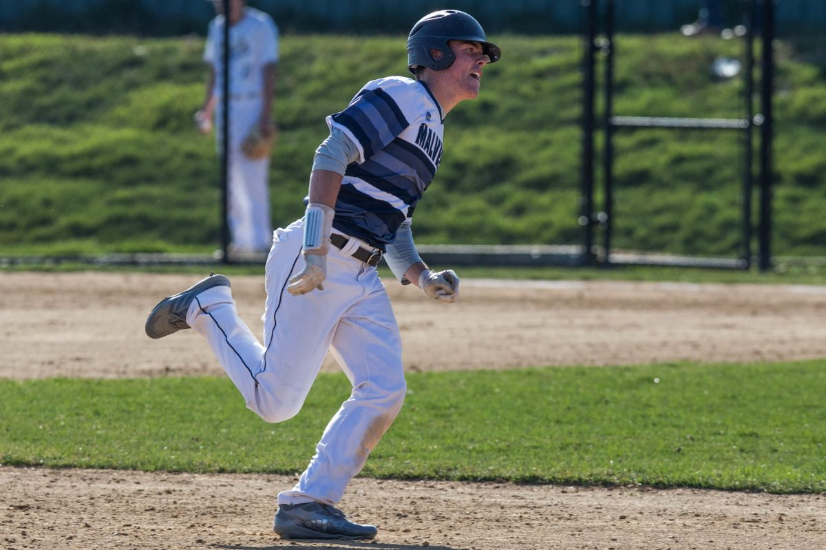 Malvern Prep's Chris Newell runs from second base to third during the team's game against Springside Chestnut Hill Academy on Friday.