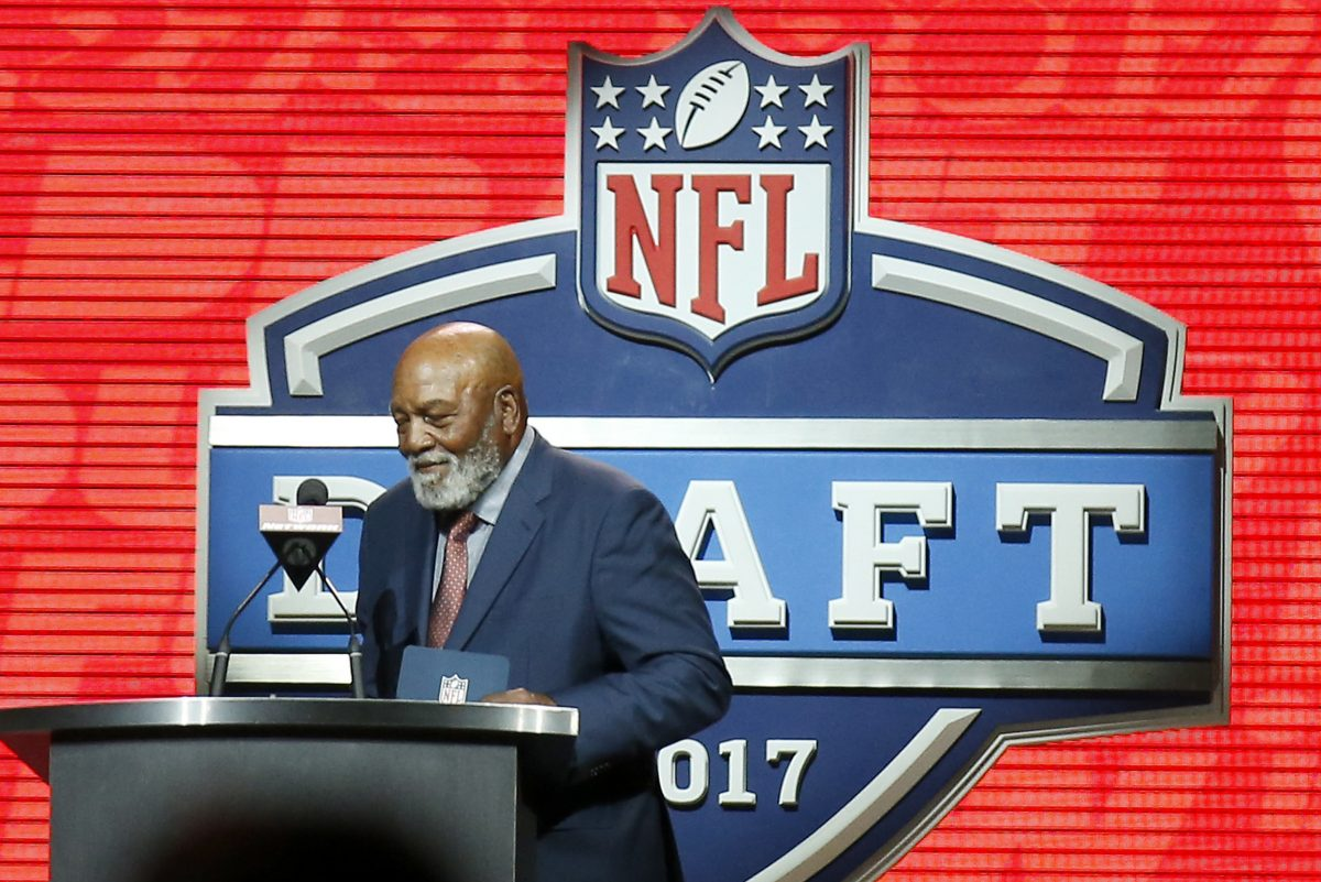Hall of Fame running back Jim Brown announcing a Cleveland Browns pick during the second round of the NFL draft last year at the Philadelphia Museum of Art.