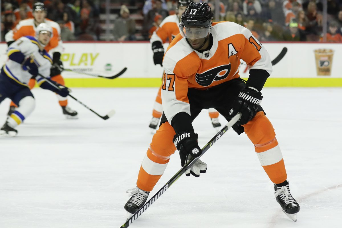 Flyers right wing Wayne Simmonds played the season with a ridiculous list of injuries.