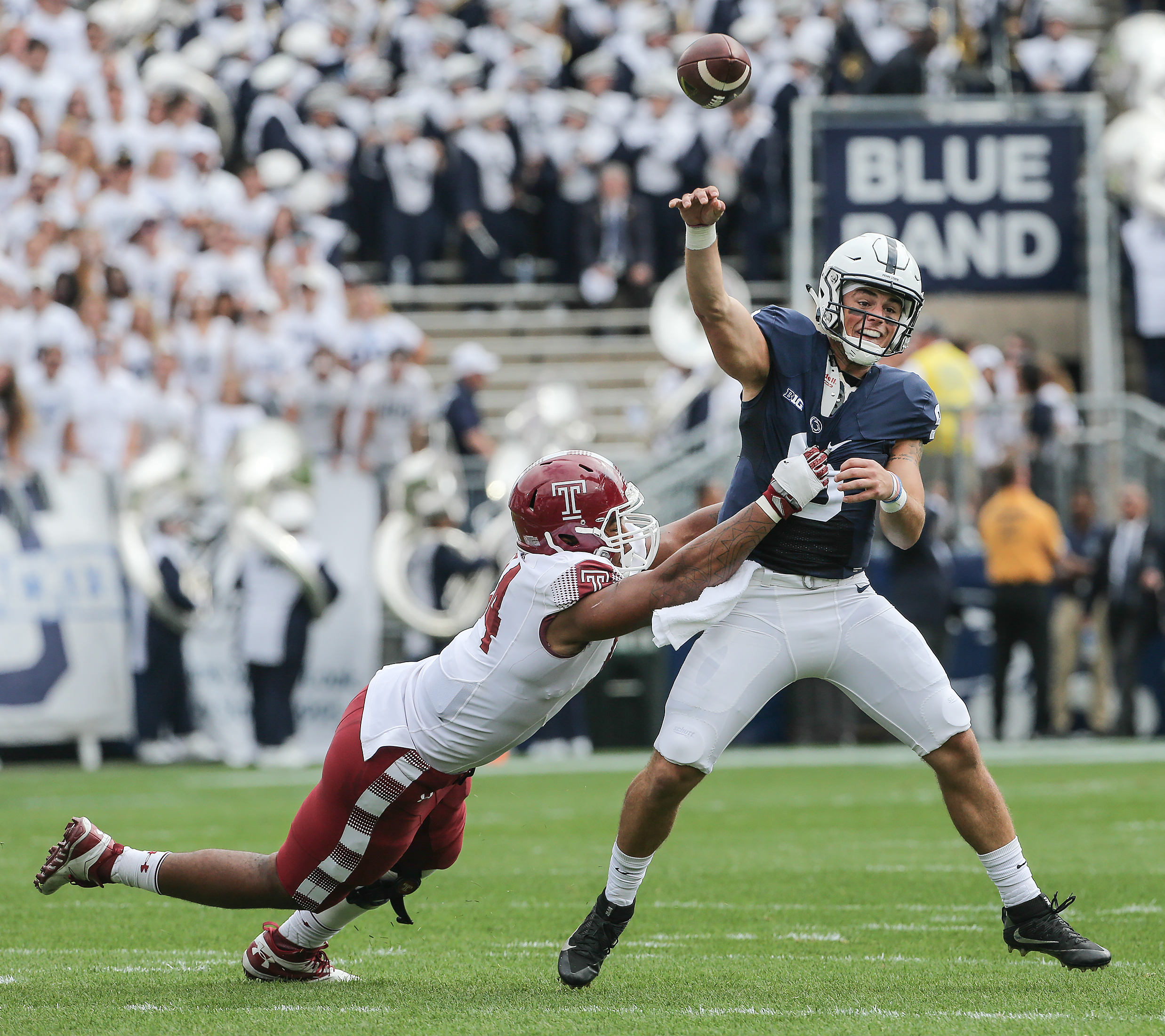 Temple´s Jullian Taylor puts pressure on Penn State´s Trace McSorley throws an incomplete pass during the 1st quarter in State College, Saturday September 17, 2016. STEVEN M. FALK / Staff Photographer