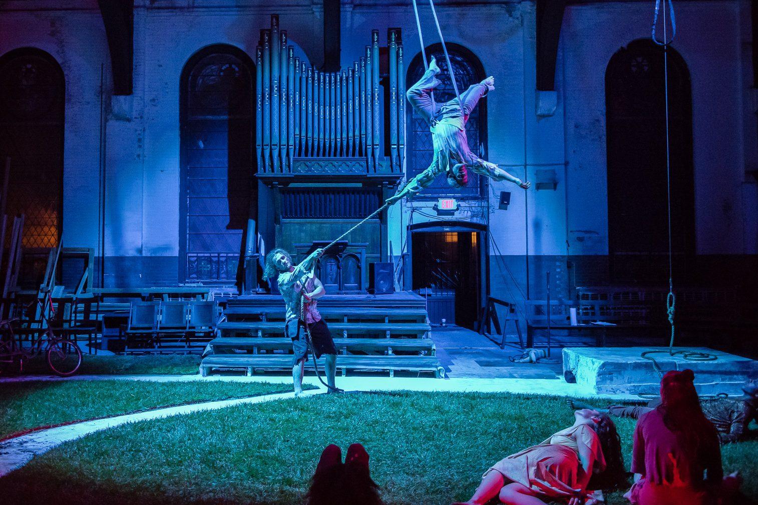 "Brian Sanders´ JUNK dancers in ""Dancing Dead IPX."""