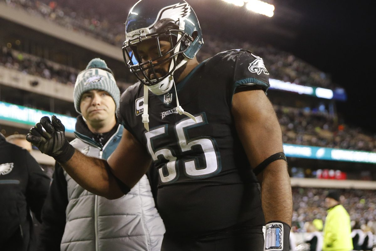 Brandon Graham left the Eagles´ win over the Raiders with a high ankle sprain, which now has required surgery.