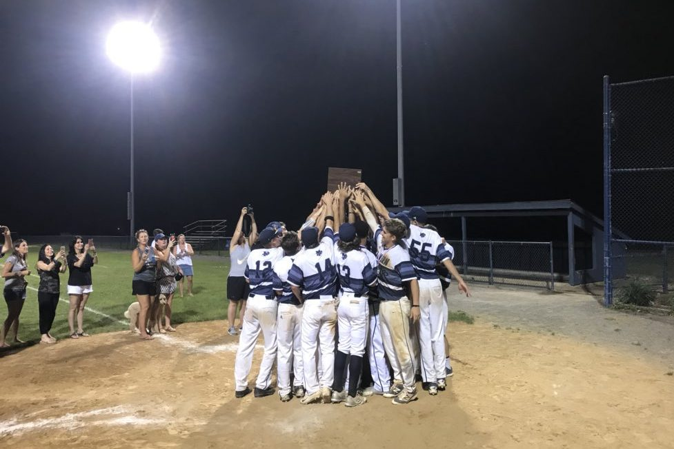 Malvern Prep baseballl celebrating its second straight PAISSA state title.