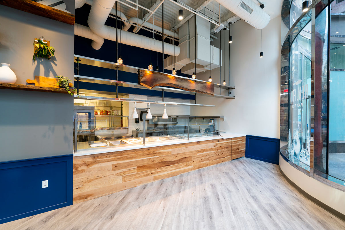 Real Food Eatery´s location at 1700 Market St. is more of an assembly-line process.