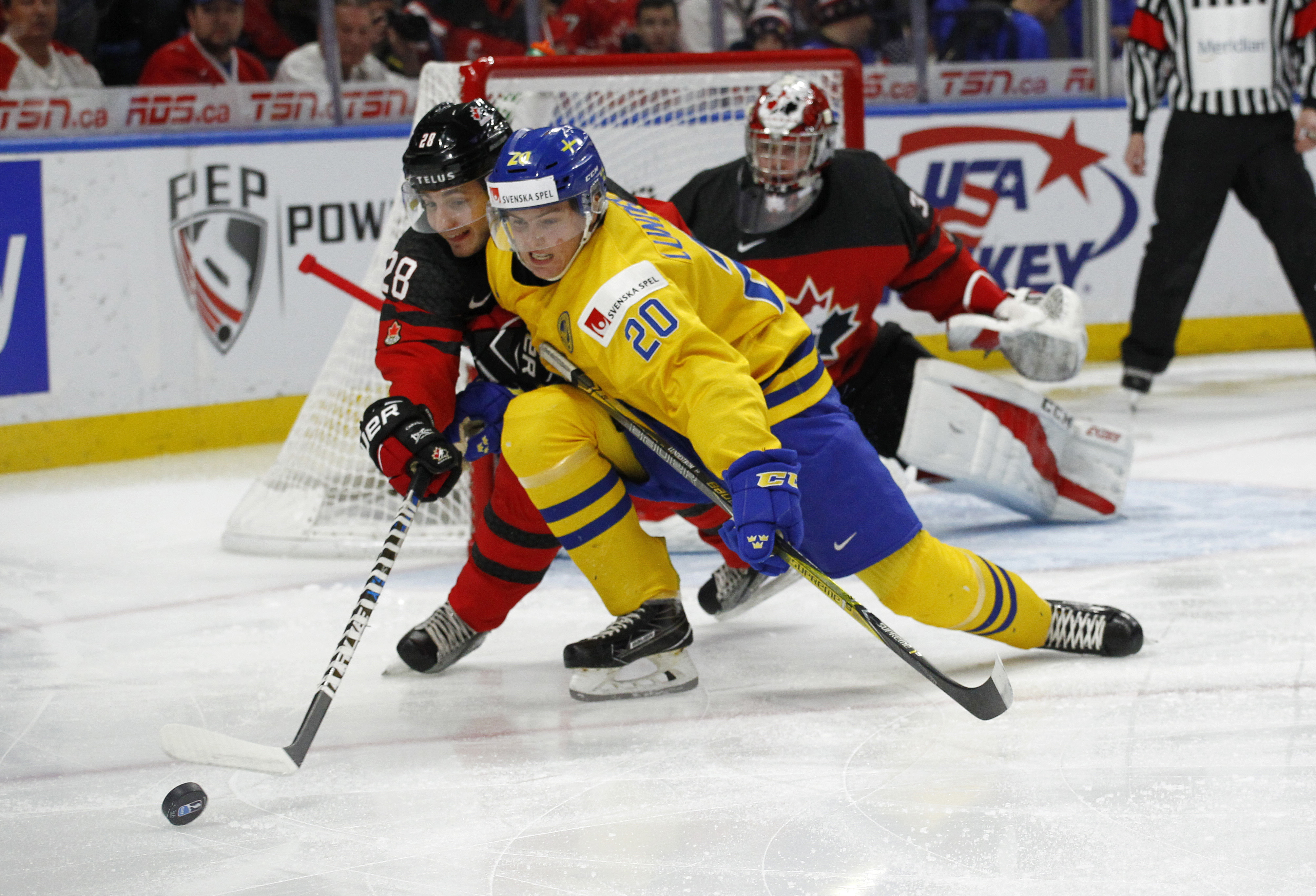 Swedish forward Isac Lundestrom (20) could be a Flyers target in the draft.