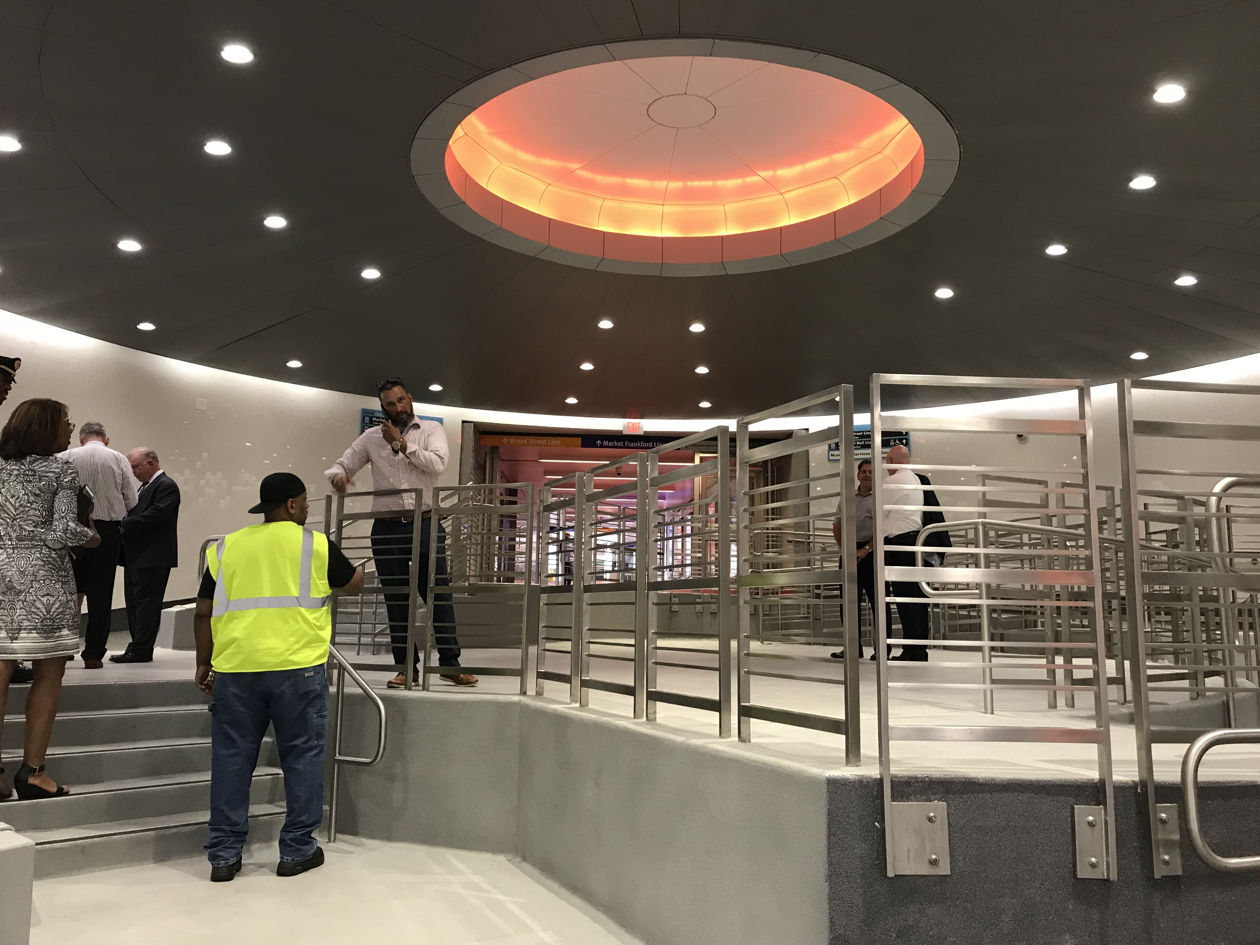 SEPTA´s $10 million face lift for the tunnels beneath Center City showed off a redesigned oculus and connecting walkways.