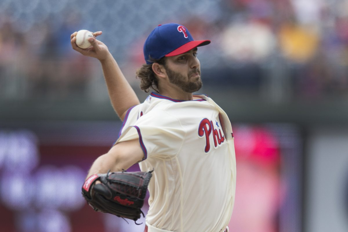 Phillies rookie Austin Davis pitching against the Cardinals in his major-league debut.