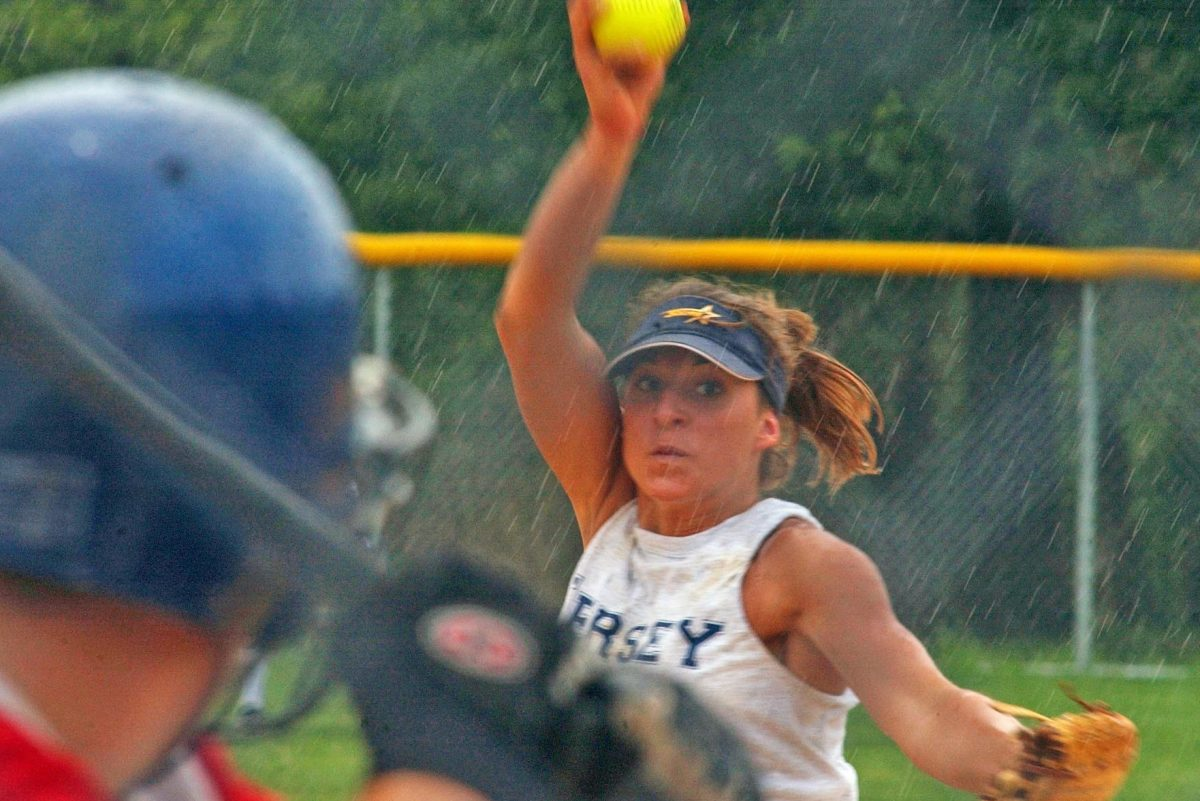 Jersey Shore pitcher Ashley Forsyth of FreeBoro High throws in the 2005 softball Carpenter Cup.