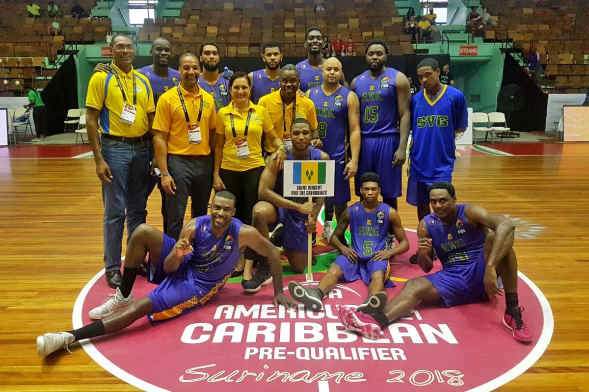 Arcadia coach Justin Scott (second from left in yellow shirt), who grew up in Germantown, is the coach of the men´s national team of St. Vincent and the Grenadines.