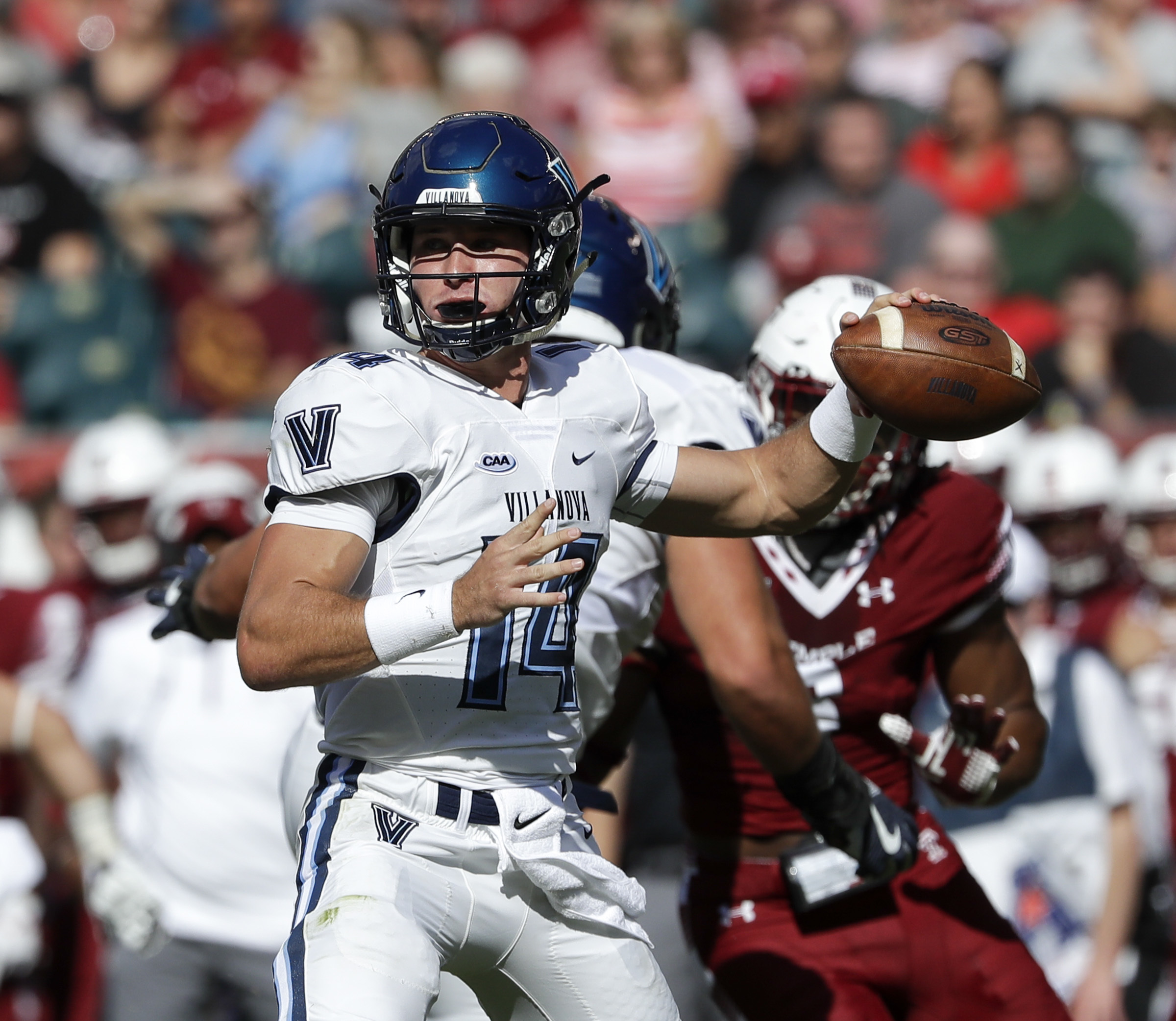 Villanova quarterback Zach Bednarczyk throws the football against Temple on Saturday, September 9, 2017 in Philadelphia. YONG KIM / Staff Photographer