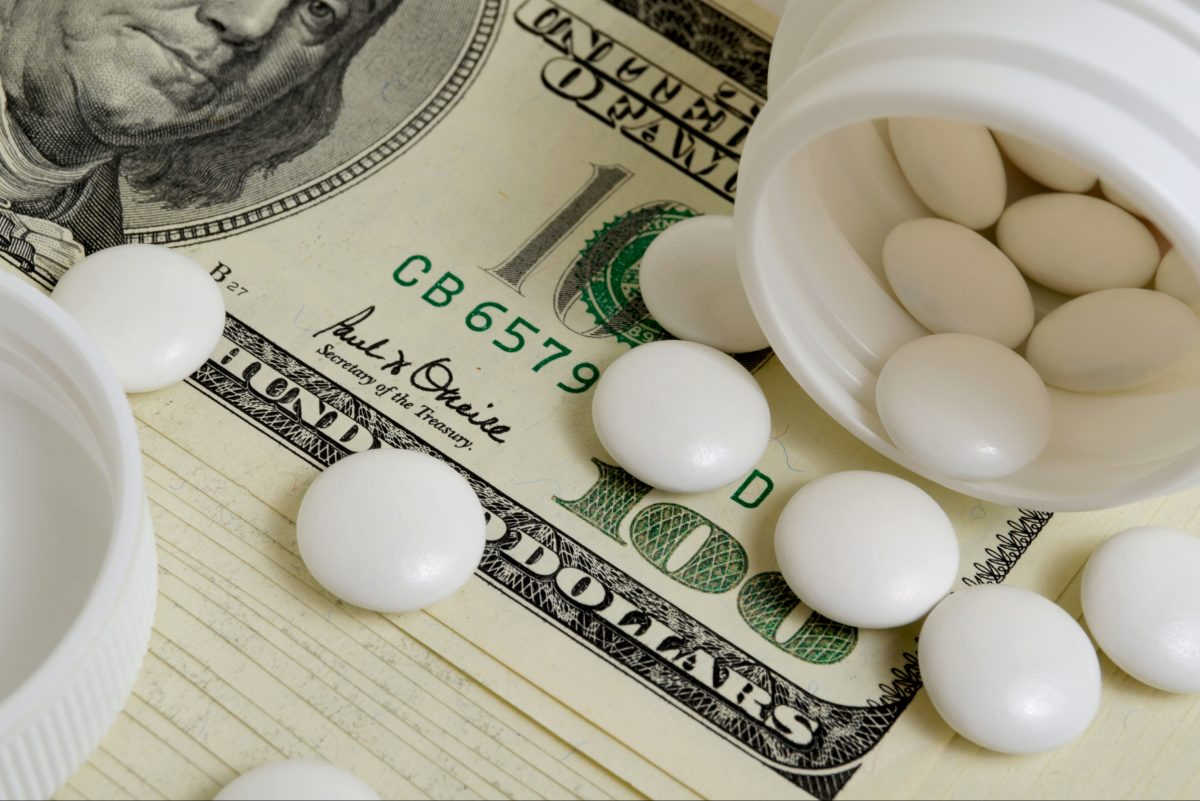 Promises by the pharmaceutical industry to contain prices are a familiar — and fleeting — phenomenon, say analysts who have watched the unstoppable rise in drug costs over the years.