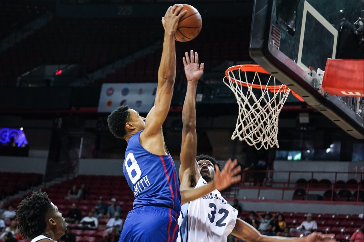 Zhaire Smith going way up for a dunk in summer league play.