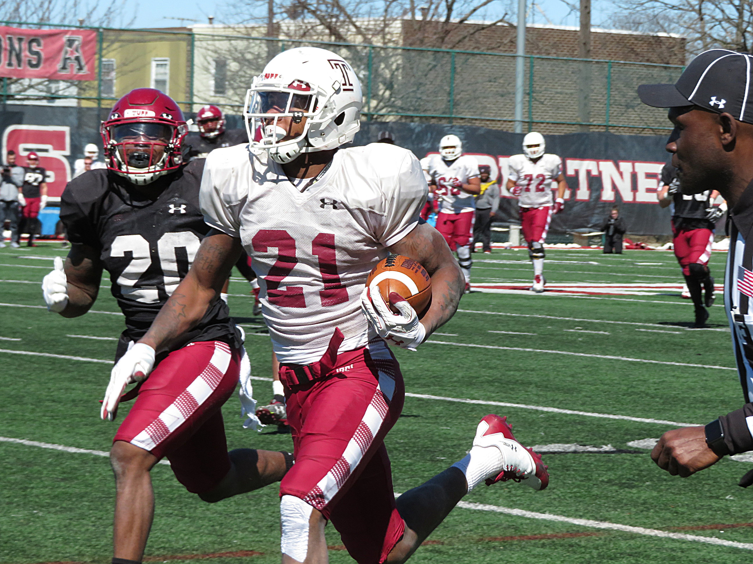 Temple´s Jager Gardner on the end of a long TD reception in Saturday´s practice. He has made a strong return from injury.