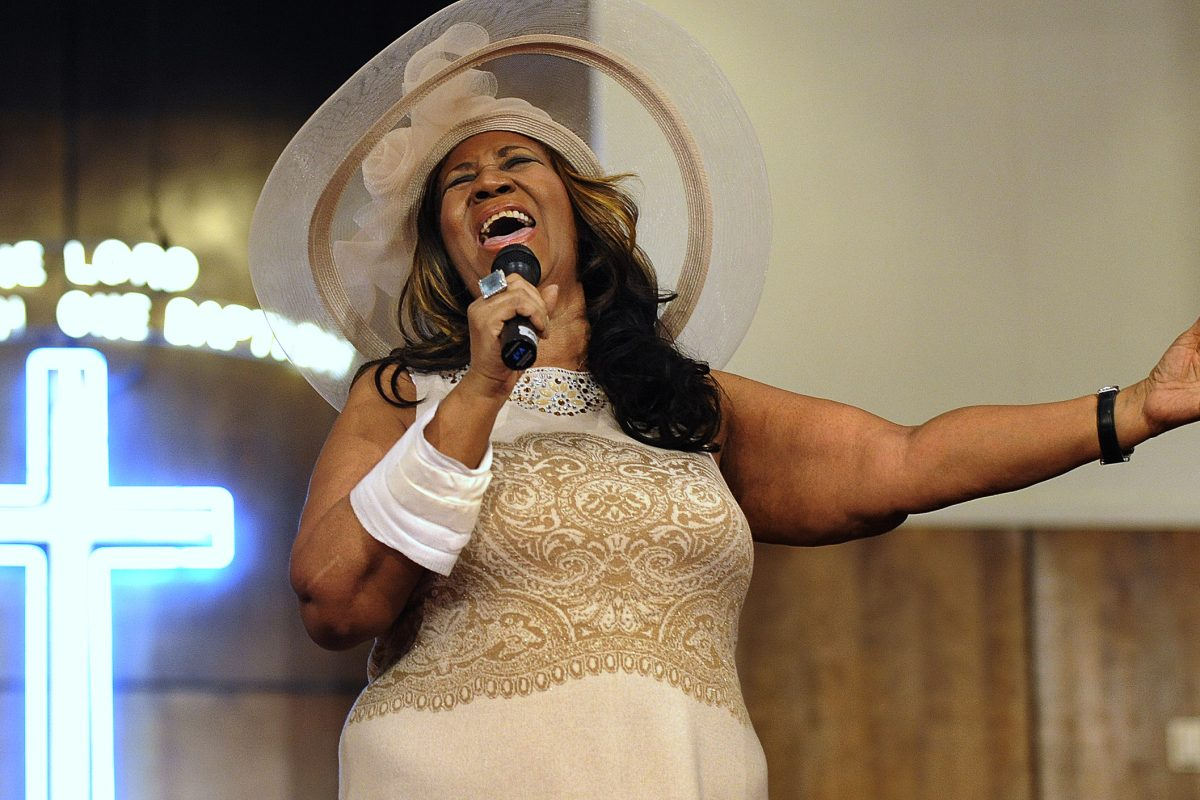 FILE – In this June 7, 2015 file photo, Aretha Franklin sings during a memorial service for her father and brother, Rev. C.L. and Rev. Cecil Franklin, at New Bethel Baptist Church where they were ministers, in Detroit, Mich. Franklin died Thursday, Aug. 16, 2018 at her home in Detroit. She was 76.