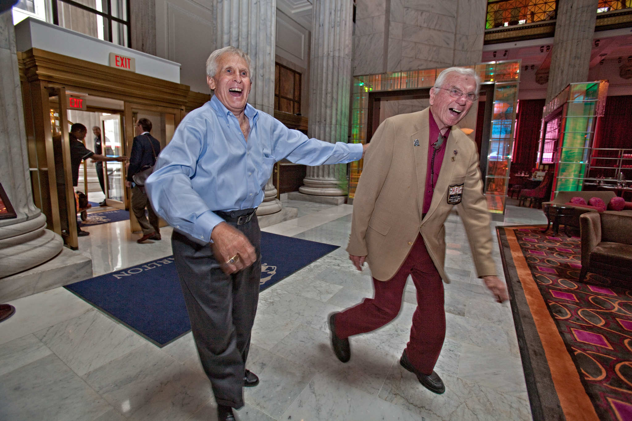 Tommy McDonald (left) and Chuck Bednarik during a 2010 meet and greet for members of the 1960 NFL championship team.