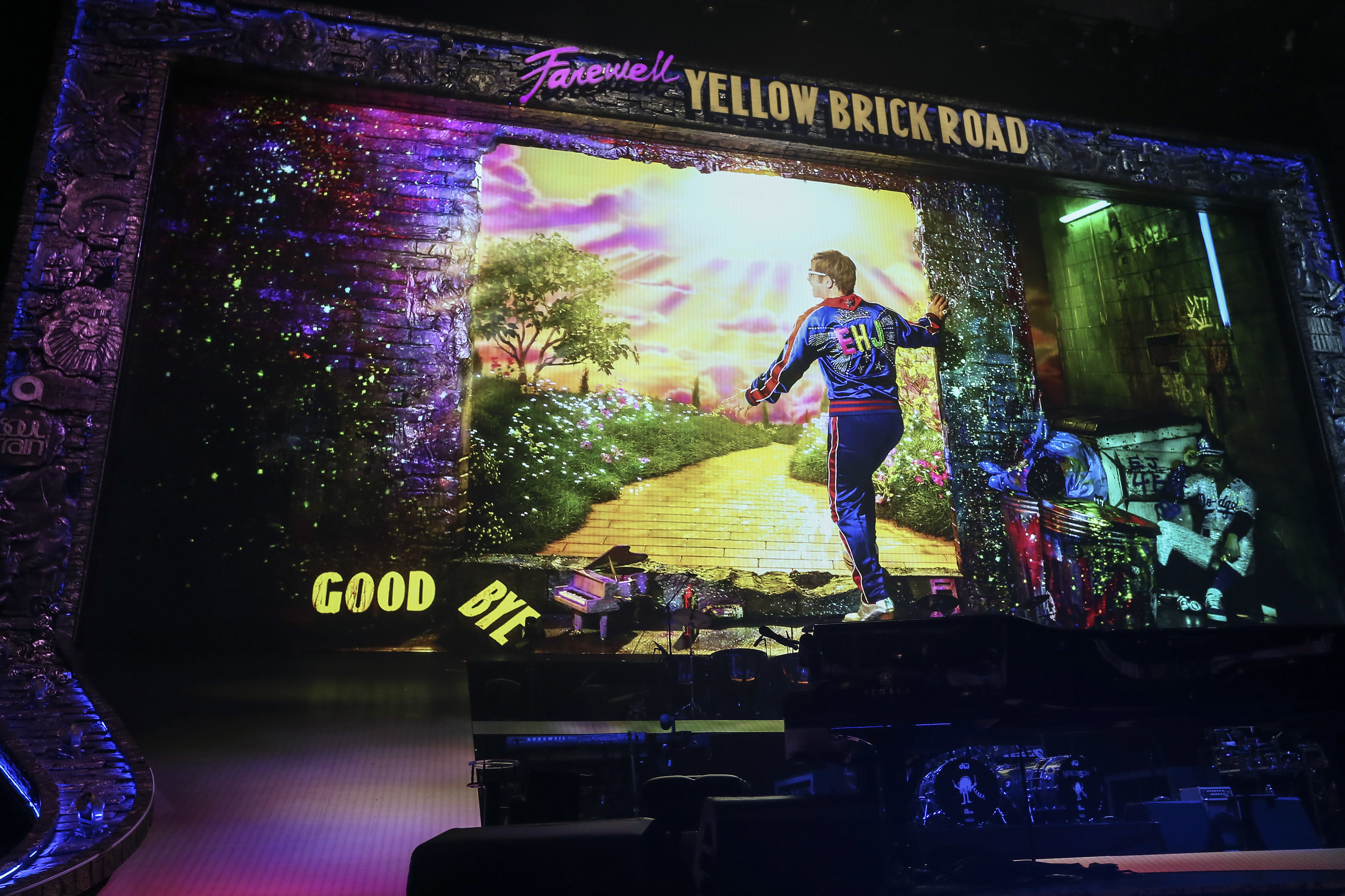 Elton John in his final concert in Philadelphia at the Wells Fargo Center, an early stop on three-year old farewell tour. Tuesday, September 11, 2018. STEVEN M. FALK / Staff Photographer