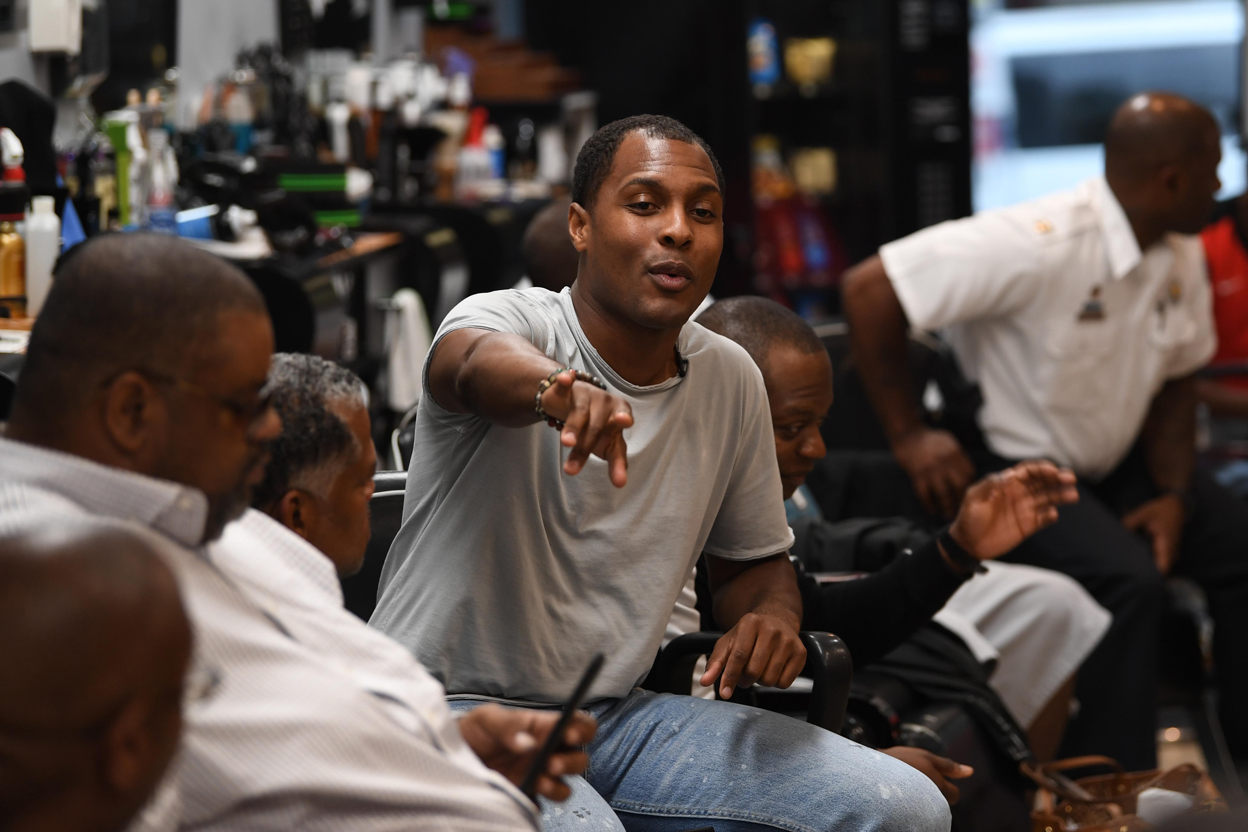 "Philadelphia Police, Greg Stewart, speaks during a meeting called ""Blades, Fades, and Engage"" at the Philly Cuts barbershop in Philadelphia, Pa. Monday, September 17, 2018. Stewart, organized the event at a West Philly barbershop where members of the community have an opportunity to chat directly with police officers. JOSE F. MORENO / Staff Photographer."
