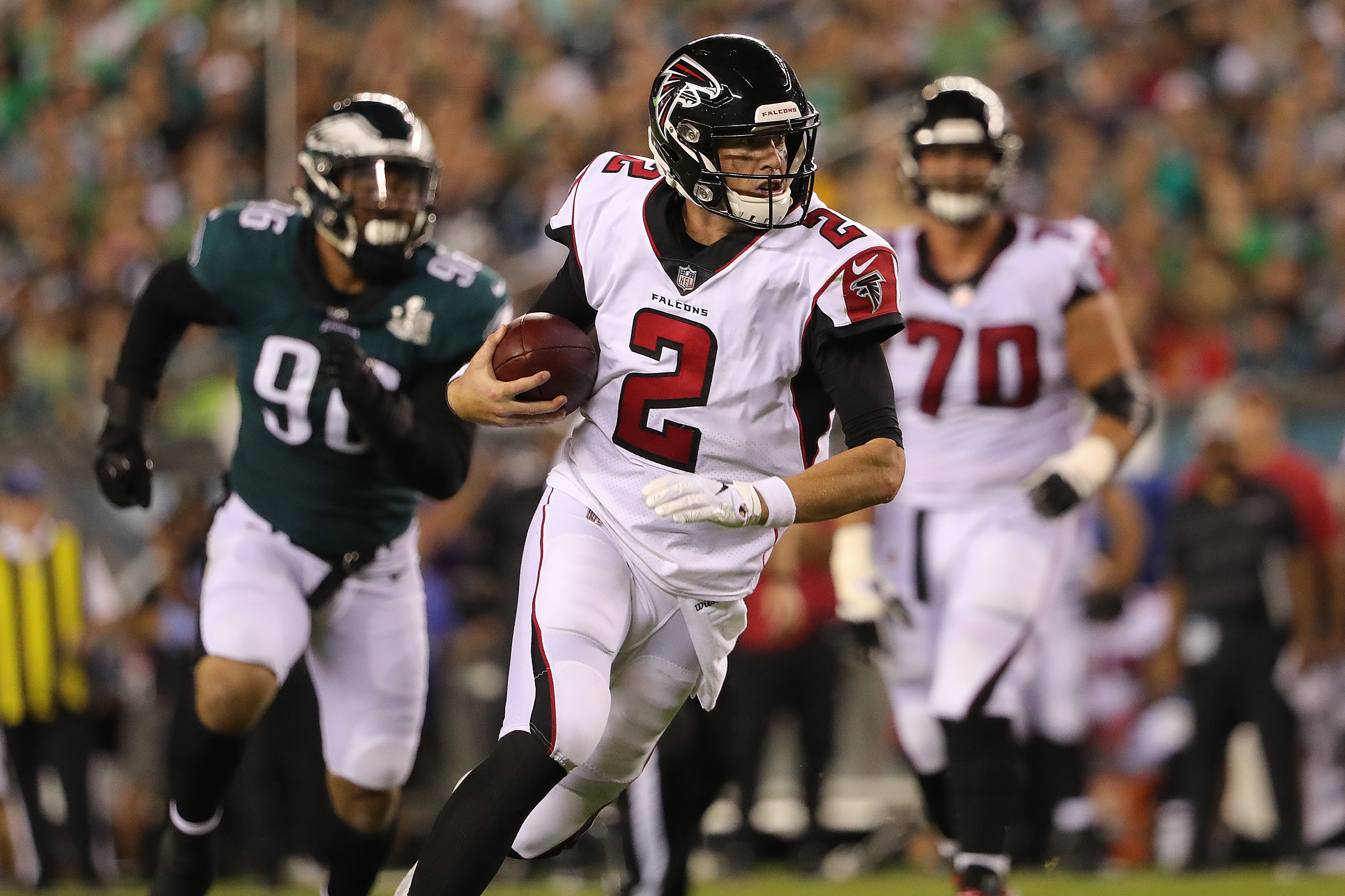 Matt Ryan, shown here in Week 1´s loss to the Eagles, is just 8-11 against the Saints.