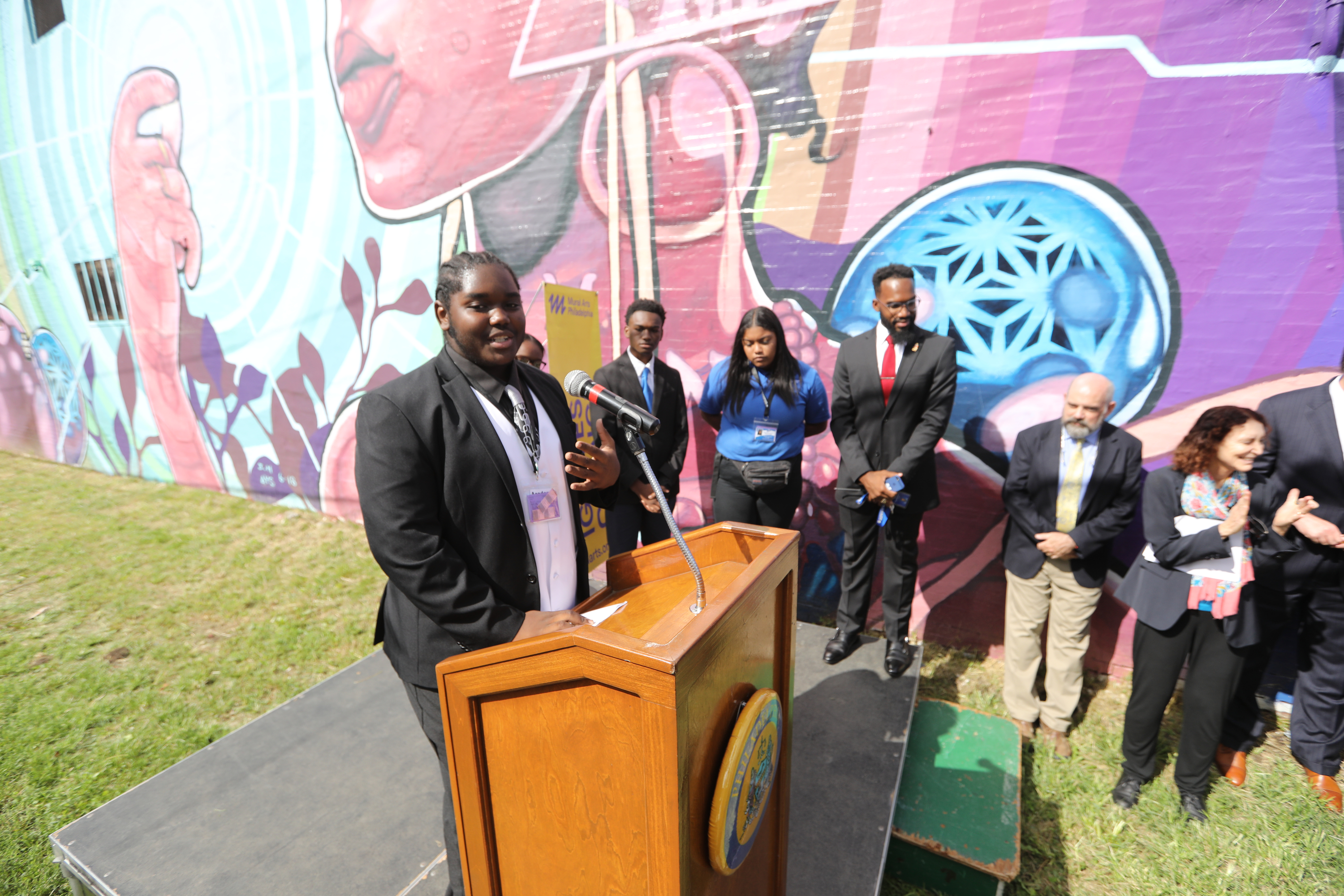 Student Asiaish Lawrence speaks about his involvement in Dreams, Diaspora, and Destiny, a new augmented reality mural that involved students from Haverford School and Mastery Shoemaker Charter School.