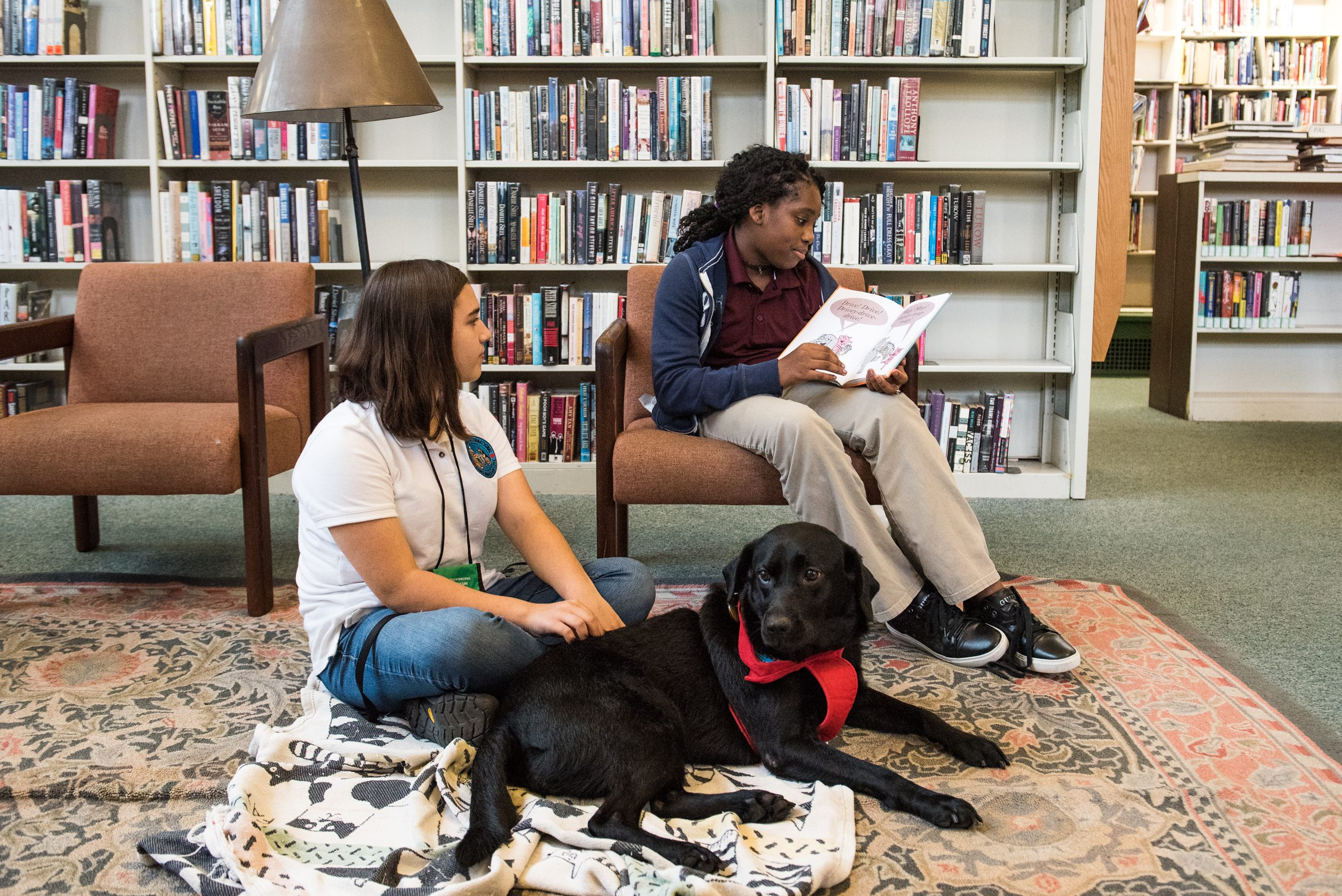 The Free Library of Philadelphia´s Read with a Dog! program invites those of any age to come out and practice their reading skills in front of a friendly dog.