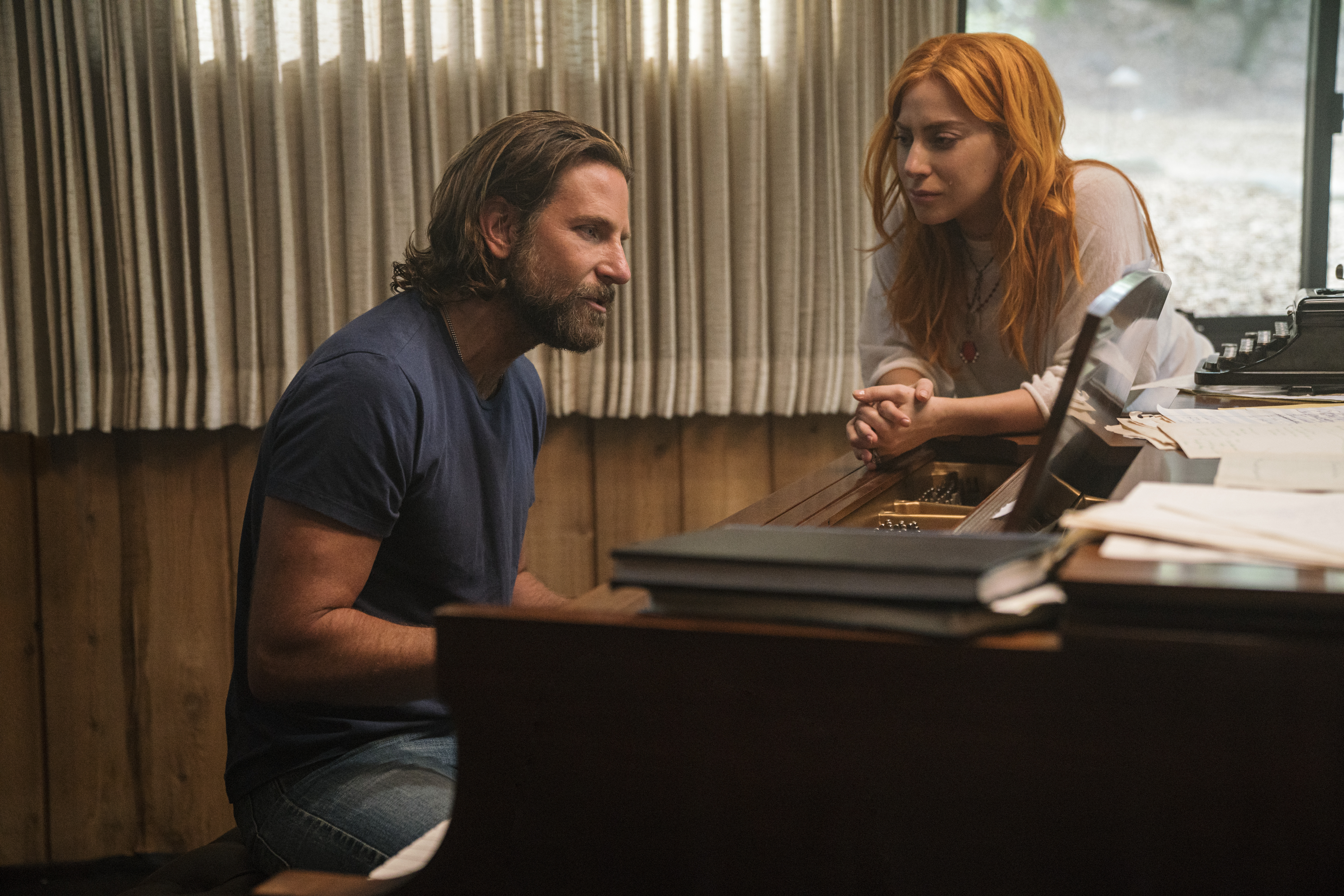 Bradley Cooper and Lady Gaga in the remake of ´A Star Is Born.´