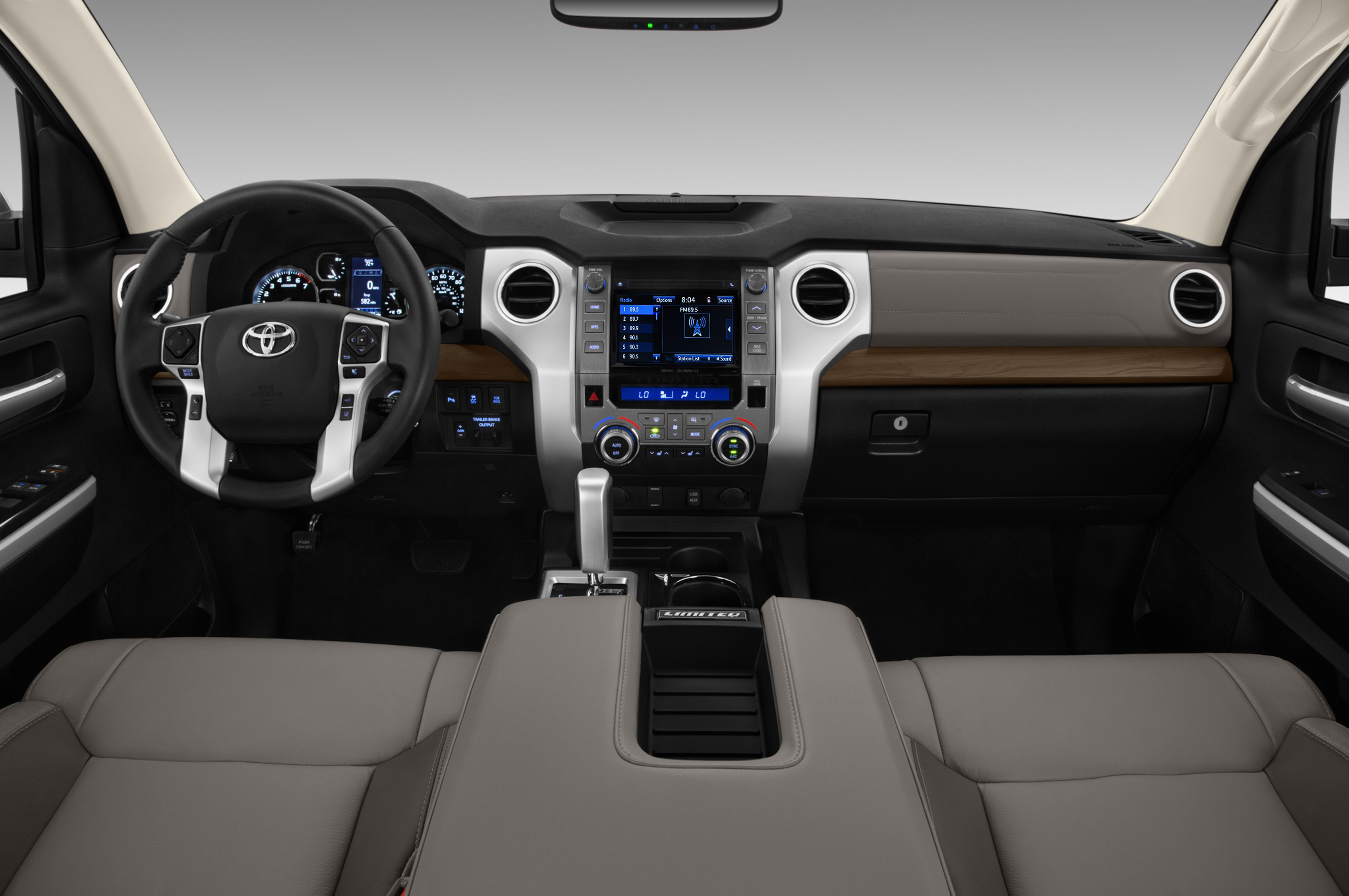 The interior of the 2018 Toyota keeps its best features — HVAC vents and an early-to-operate stereo among them.