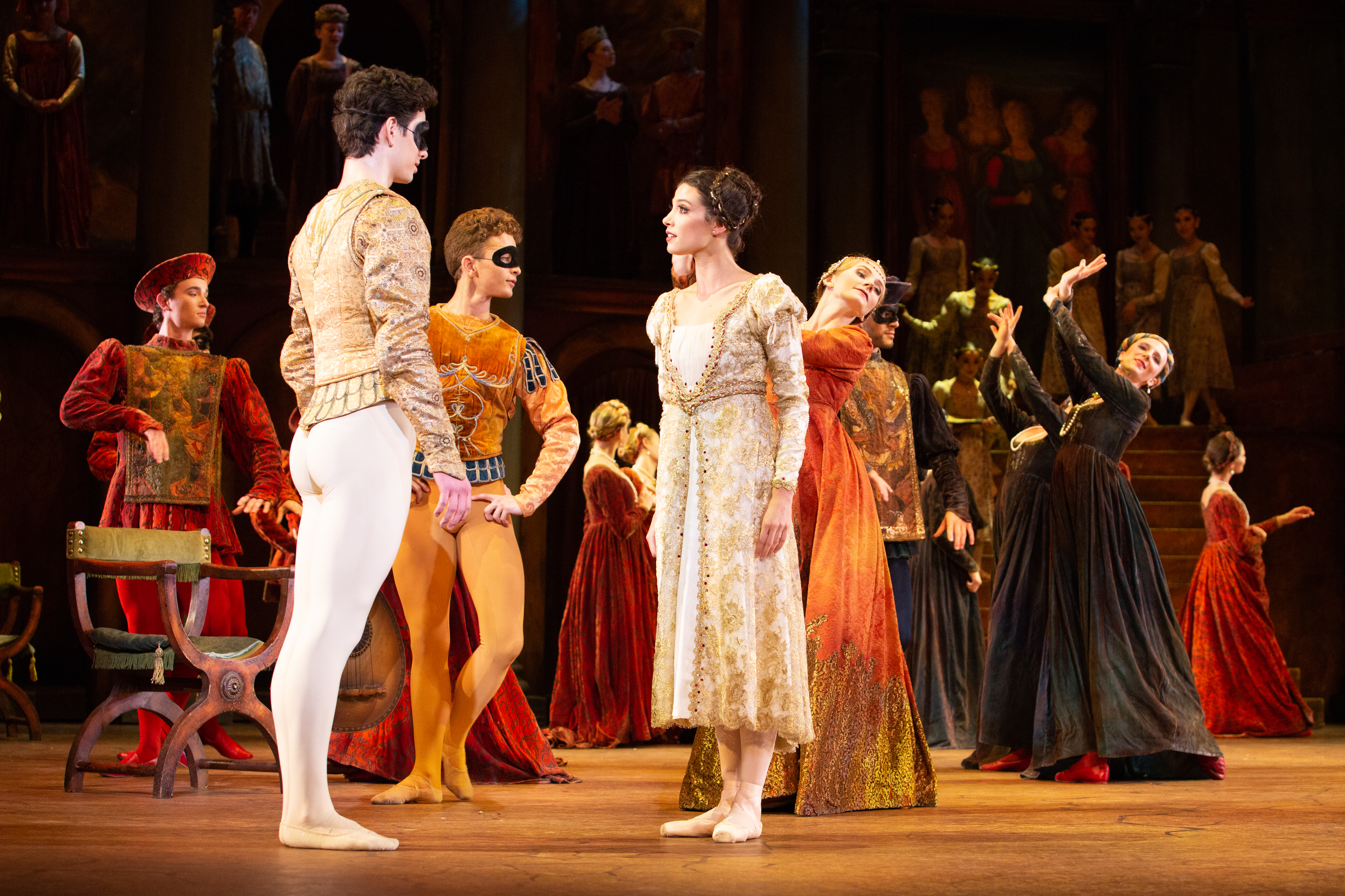 """Lillian DiPiazza and Sterling Baca in Pennsylvania Ballet´s """"Romeo & Juliet."""""""