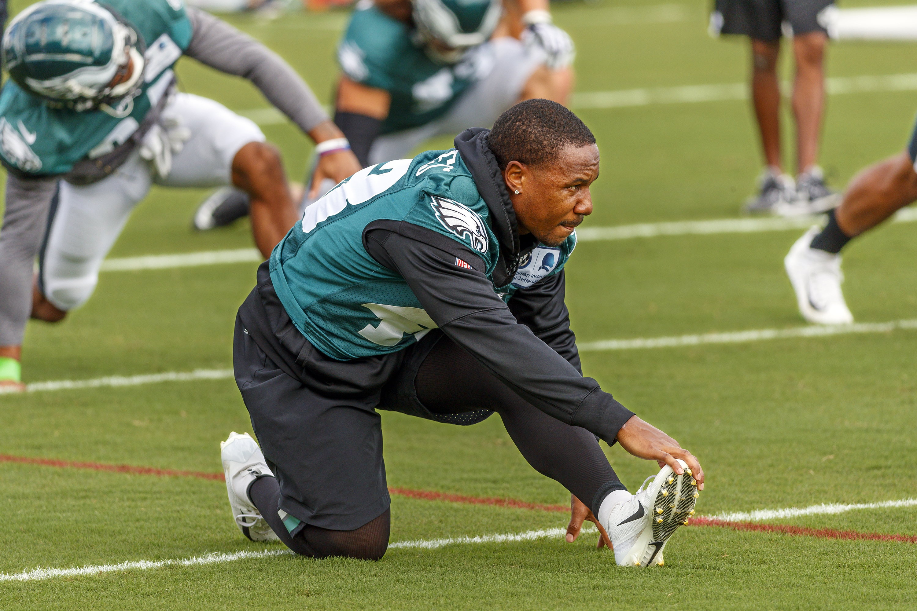 Eagle running back Darren Sproles did not dress in pads on Wednesday September 26, 2018, during the Eagles practice but he did participate in warm ups with the team.