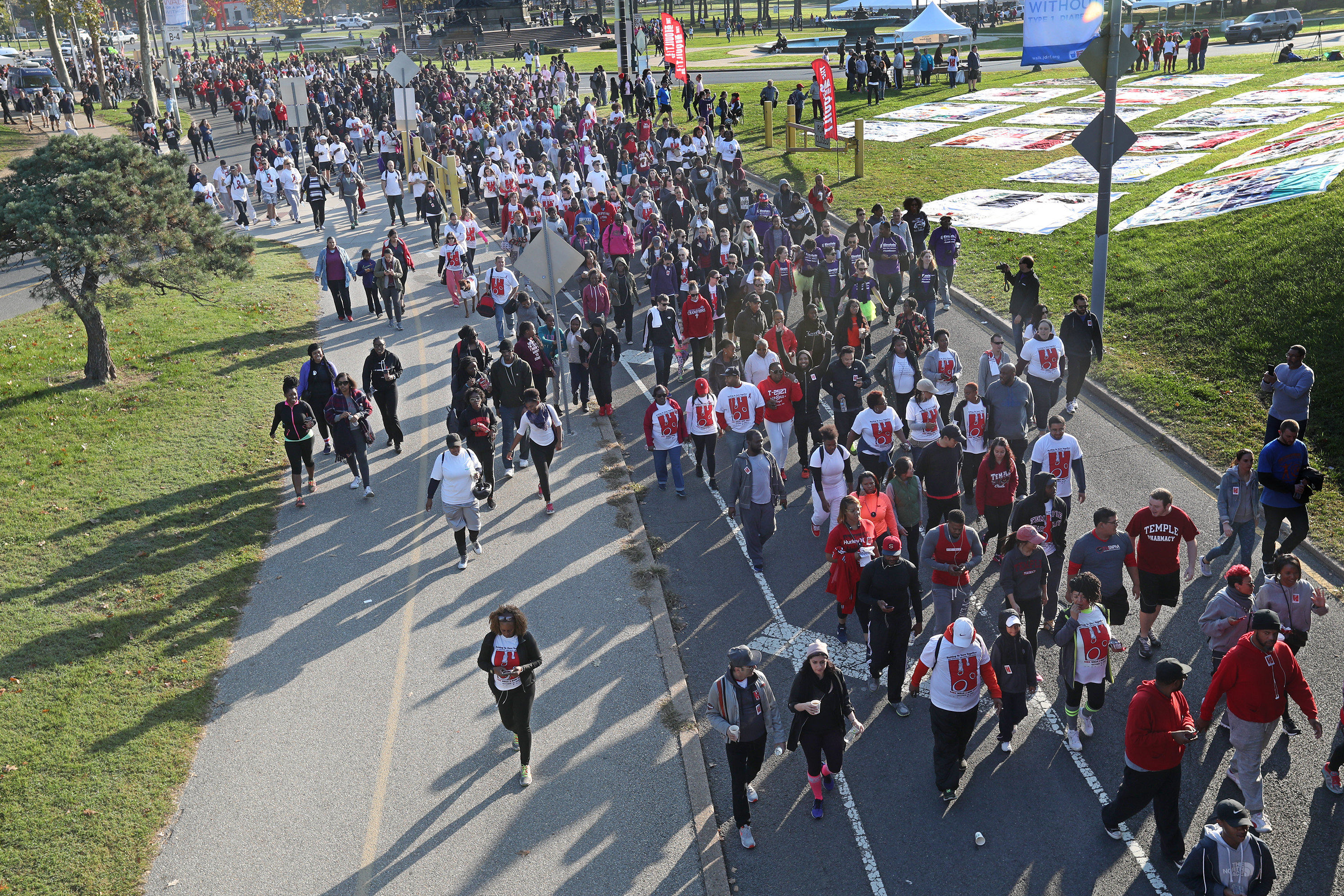 Participants in the 2016 AIDS Walk Phiily