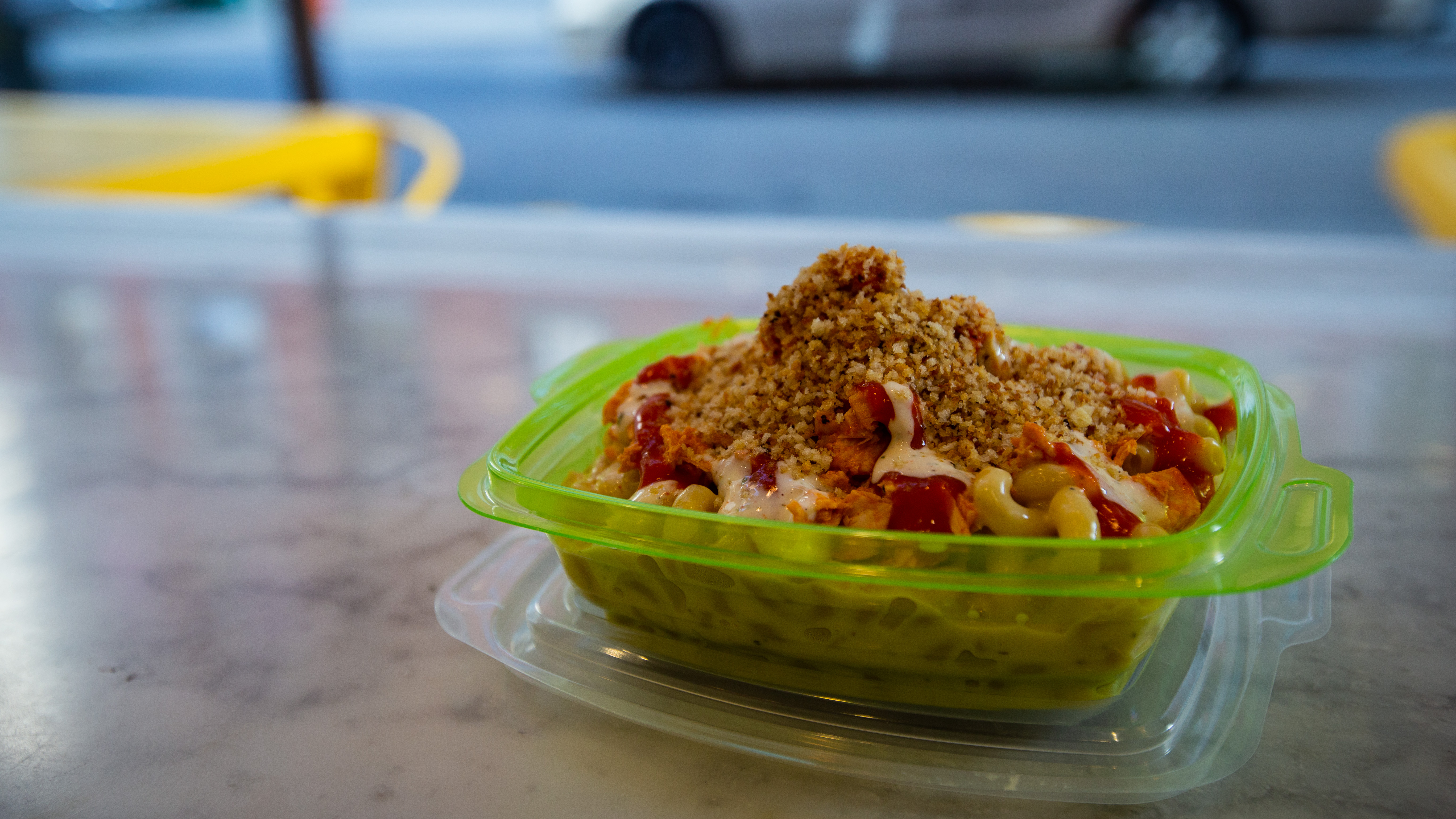 The establishment's In the Buff, a buffalo chicken mac and cheese, is a similar recipe to their promotional dish inspired by Gritty.