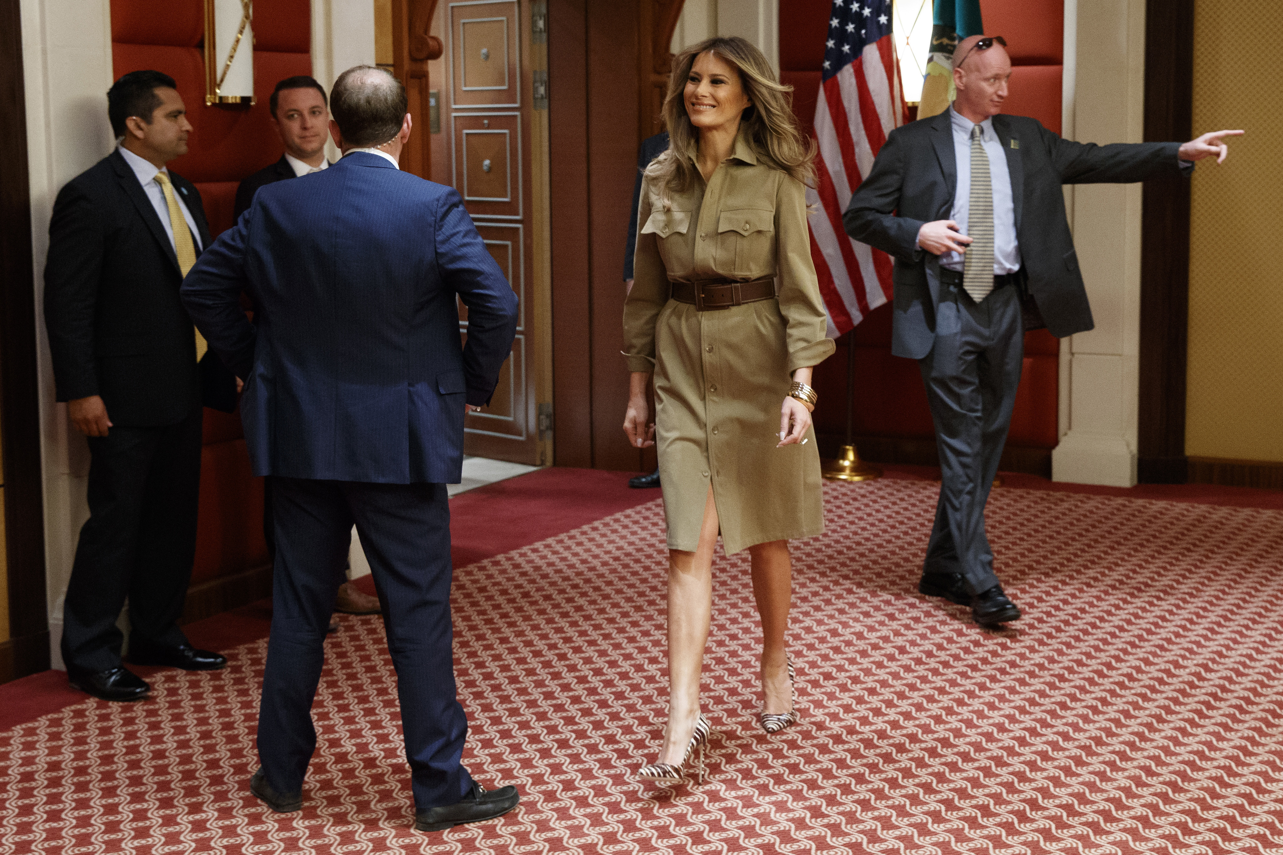 Fashion Notes: Melania Trump Picks Dolce & Gabbana Suit to