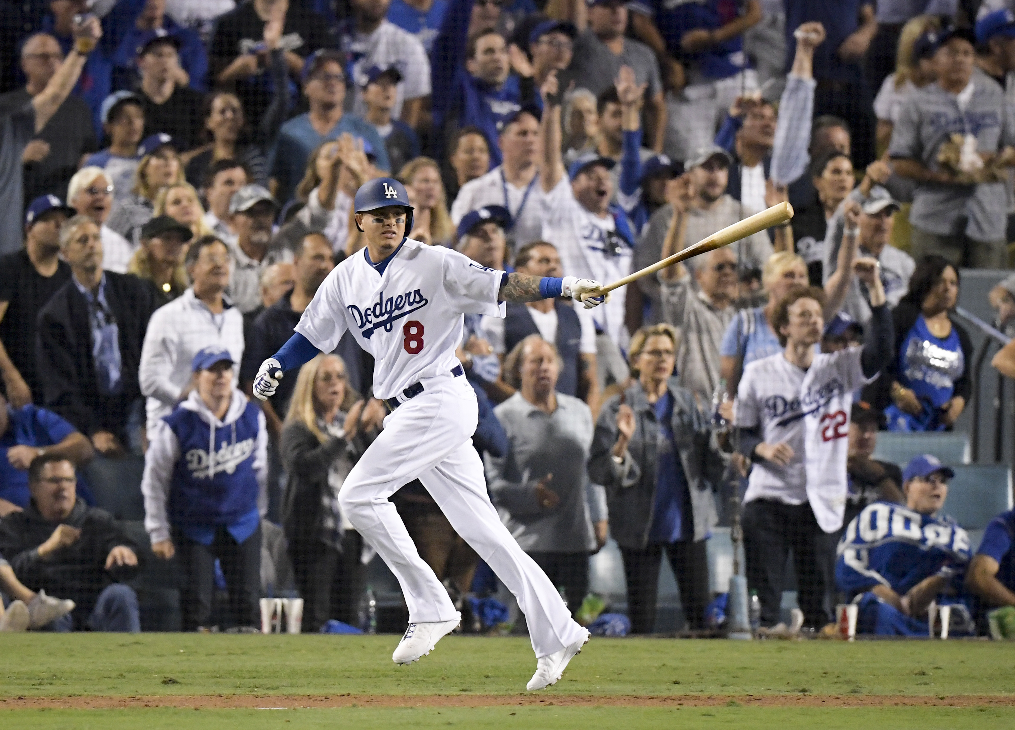 Will Manny Machado go from Dodger blue to Phillie red?